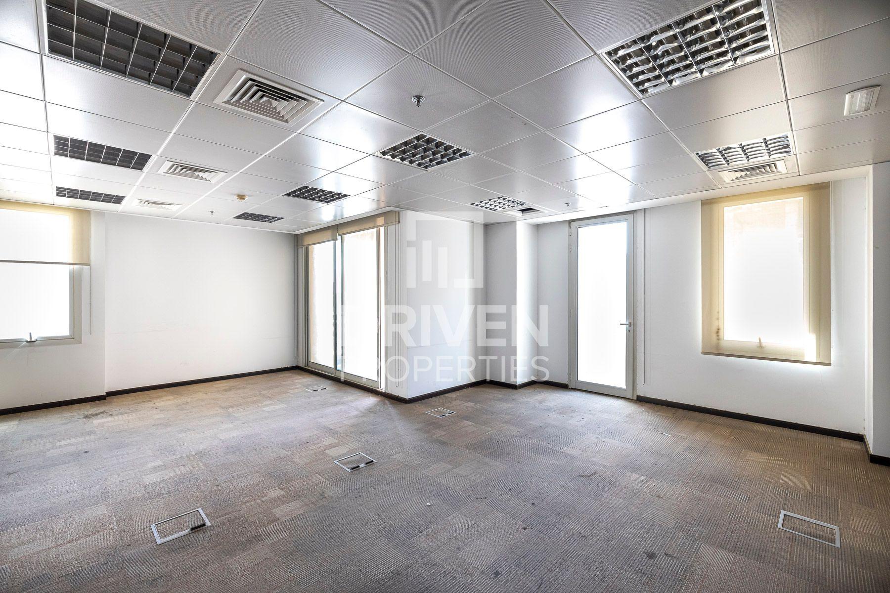3,687 قدم مربع  مكتب - للايجار - مدينة دبي الطبية
