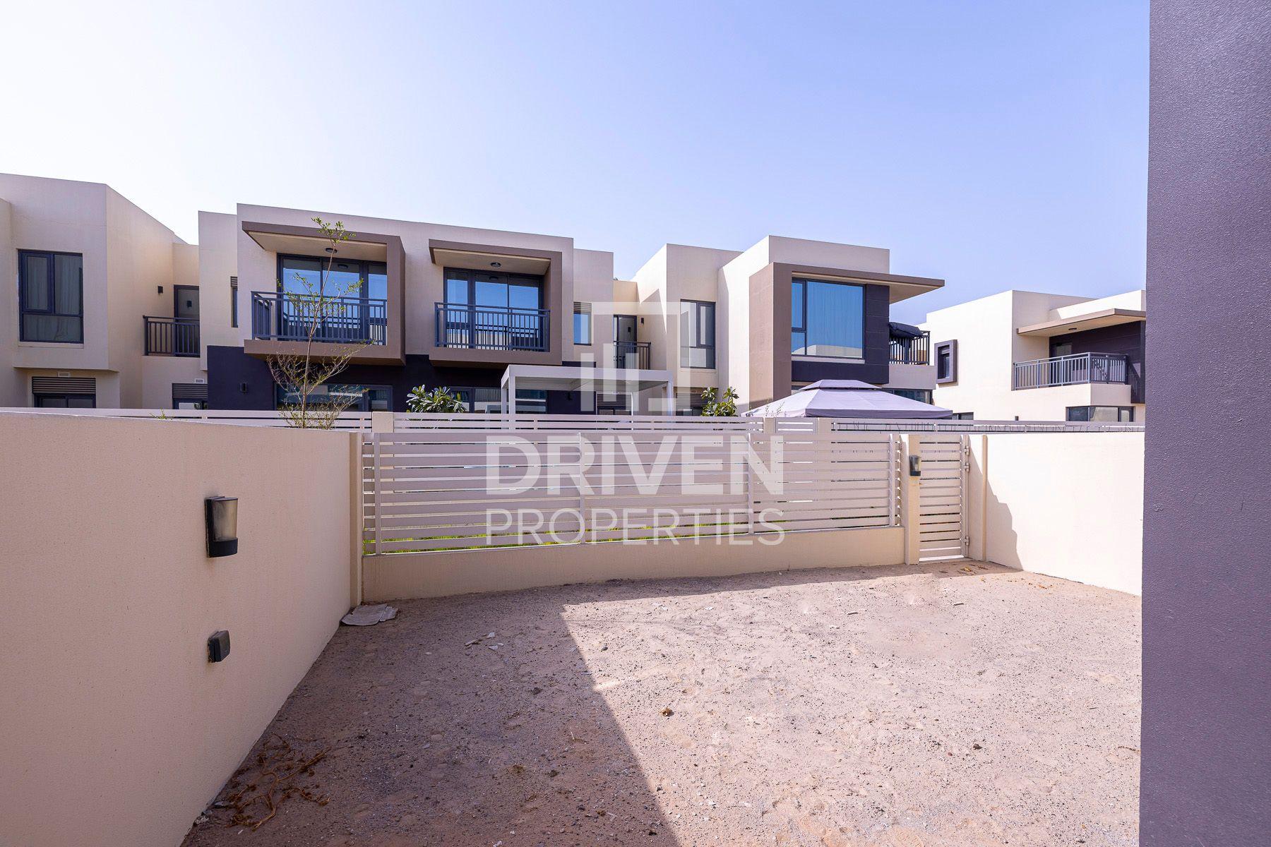 Villa for Sale in Maple 2 - Dubai Hills Estate