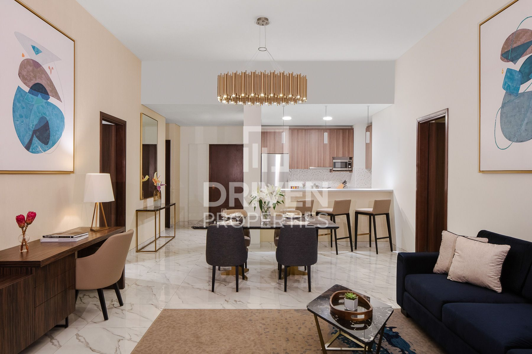 Spacious and Elegant Unit with Sea Views