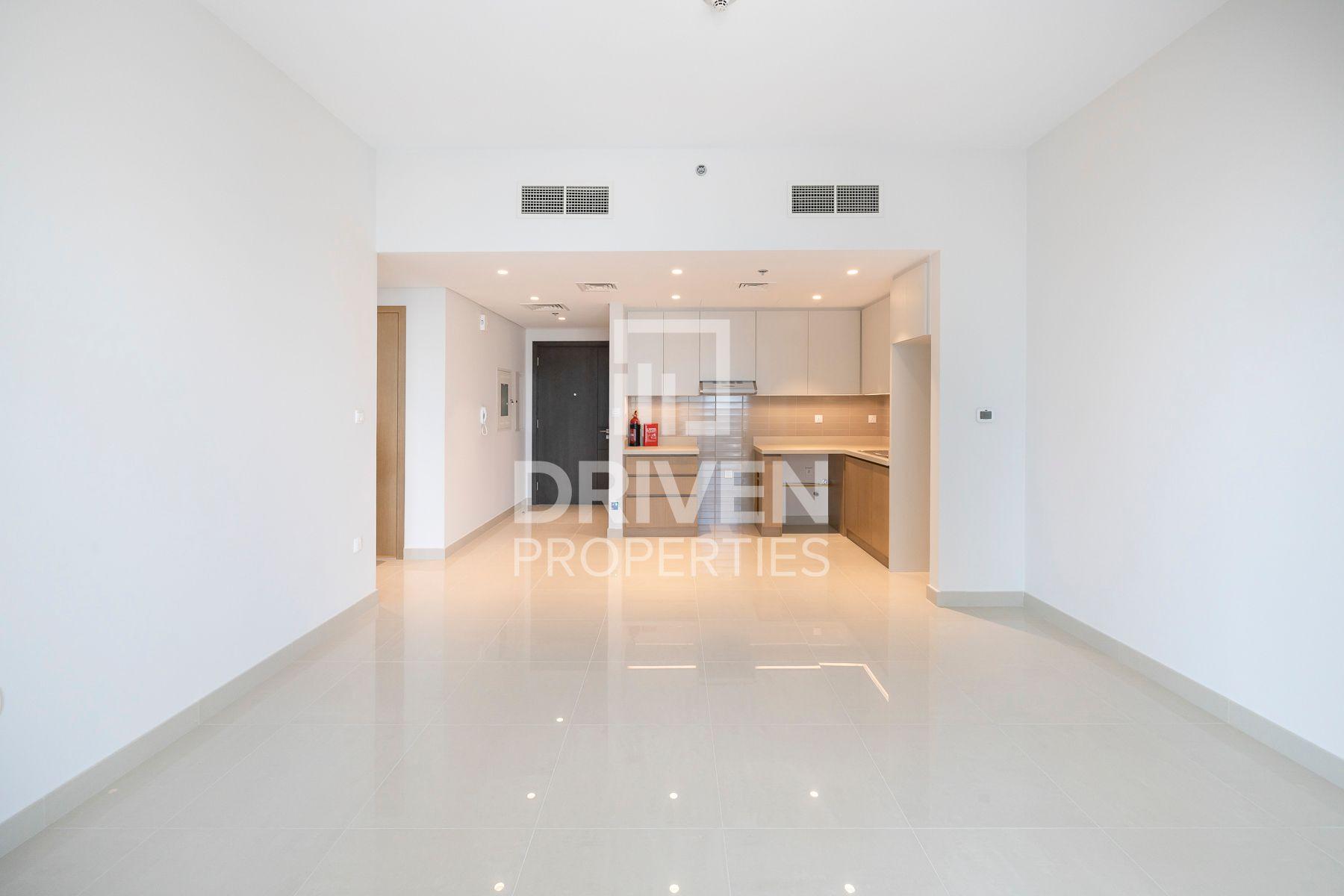 709 قدم مربع  شقة - للايجار - ميناء خور دبي