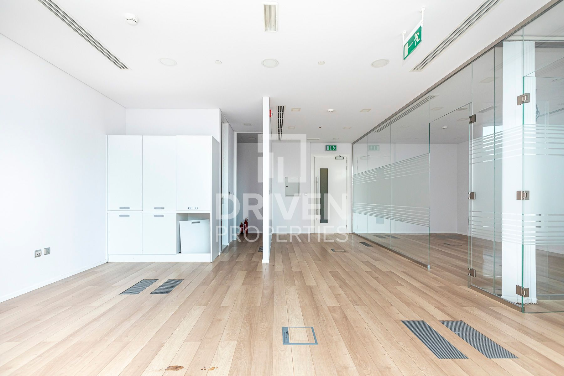 Fitted Office |  Private WC | Low Floor