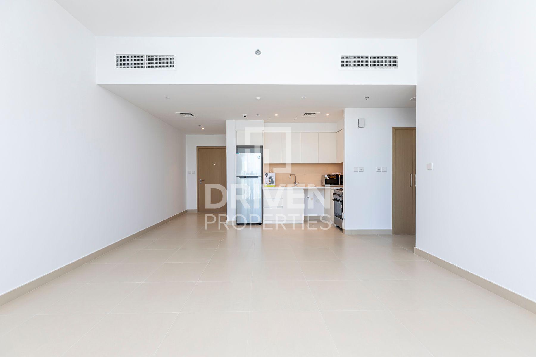 758 قدم مربع  شقة - للايجار - ميناء خور دبي