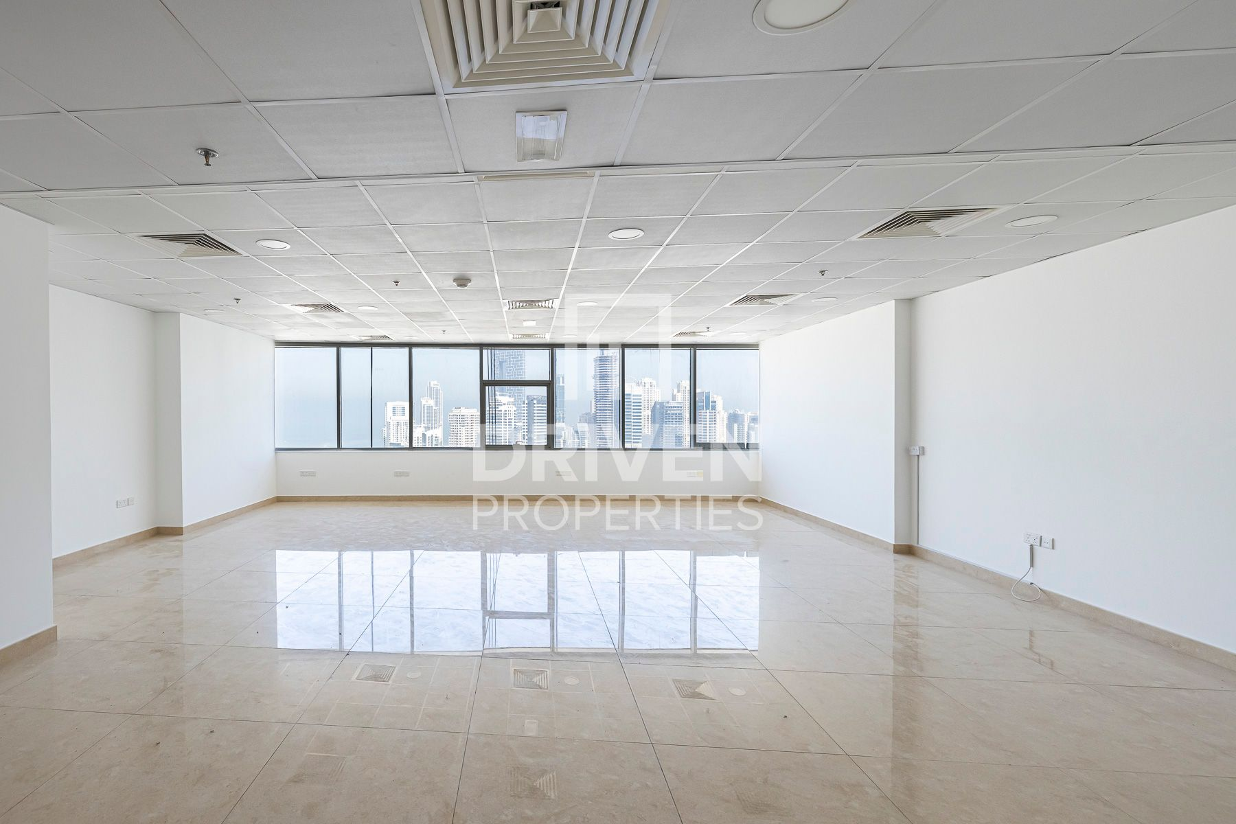 Spacious office for Rent | High Floor