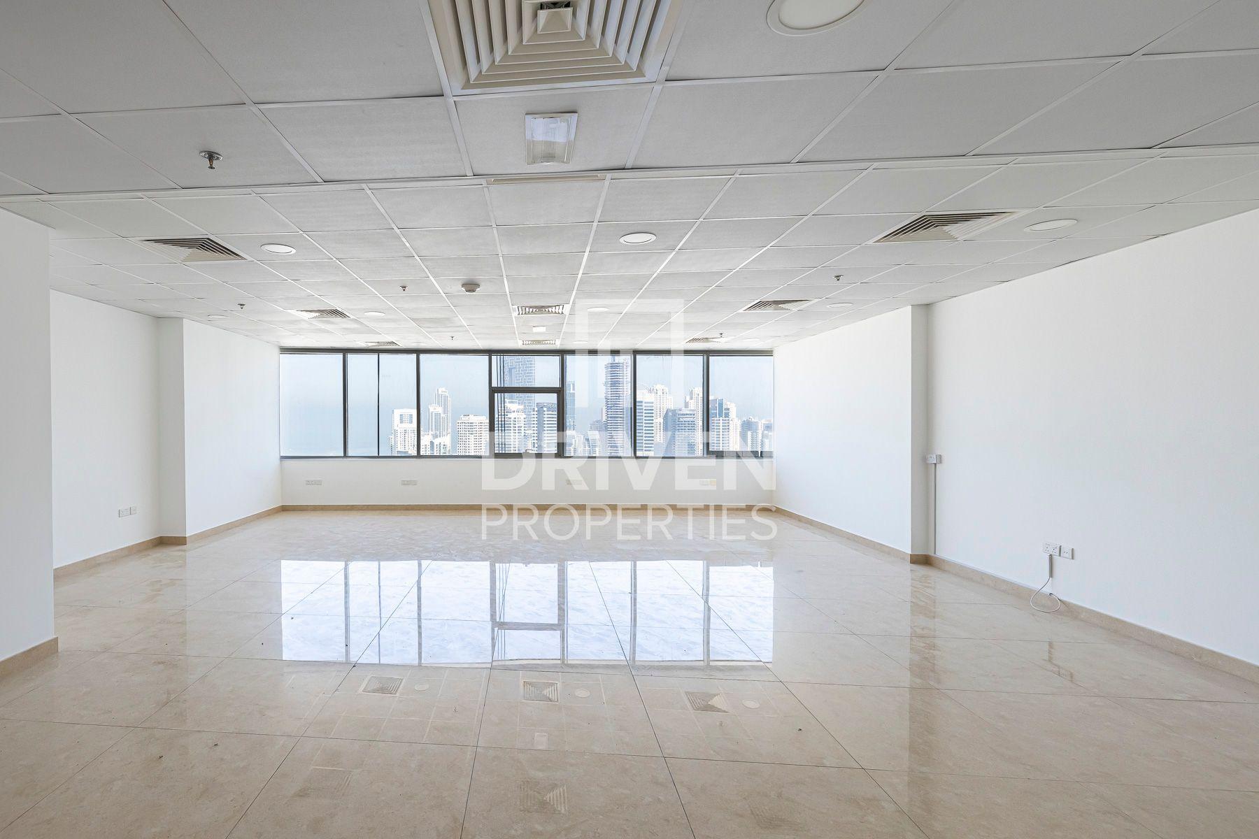 1,079 قدم مربع  مكتب - للايجار - أبراج بحيرة الجميرا