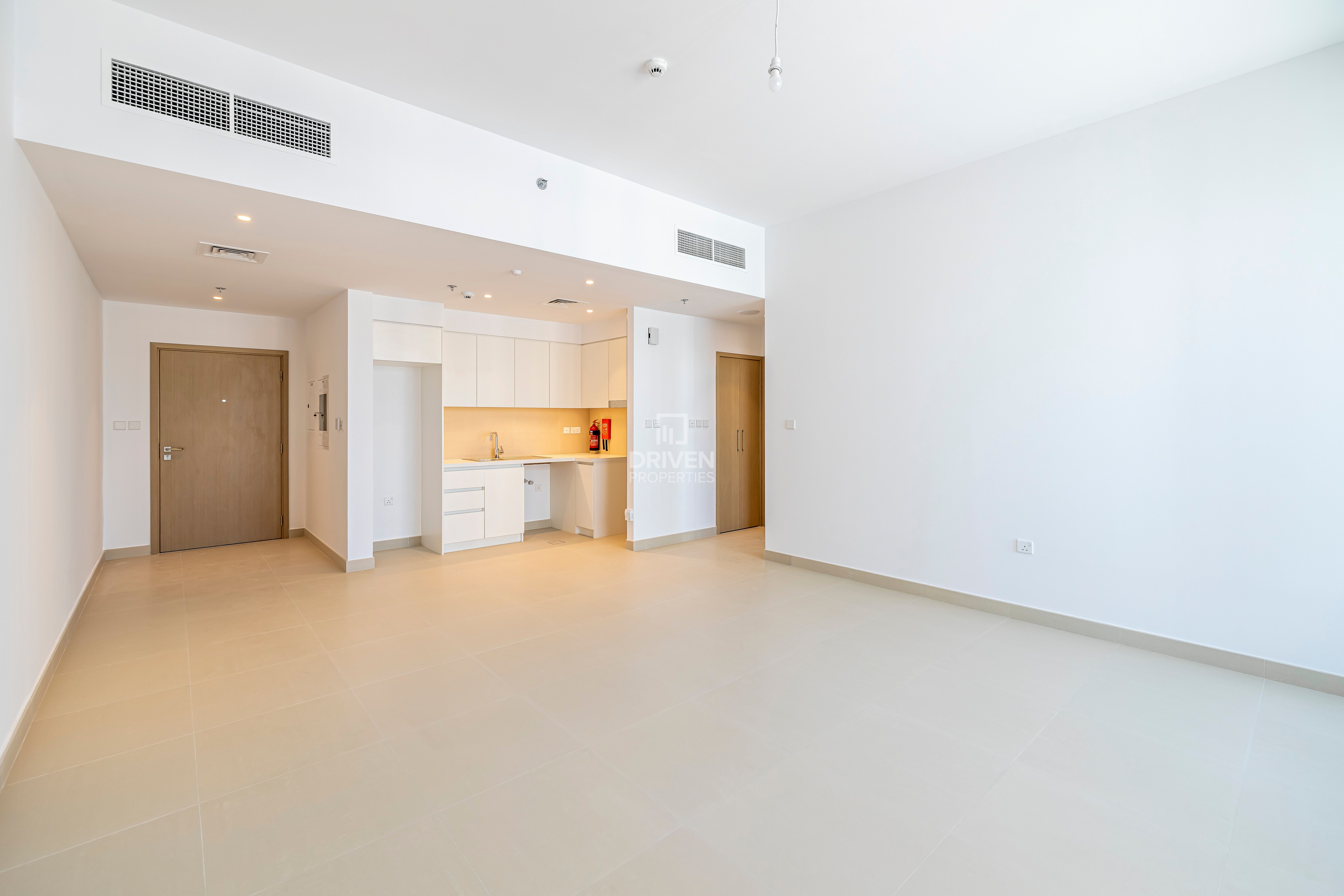 Brand New Apartment w/ Park & Creek View