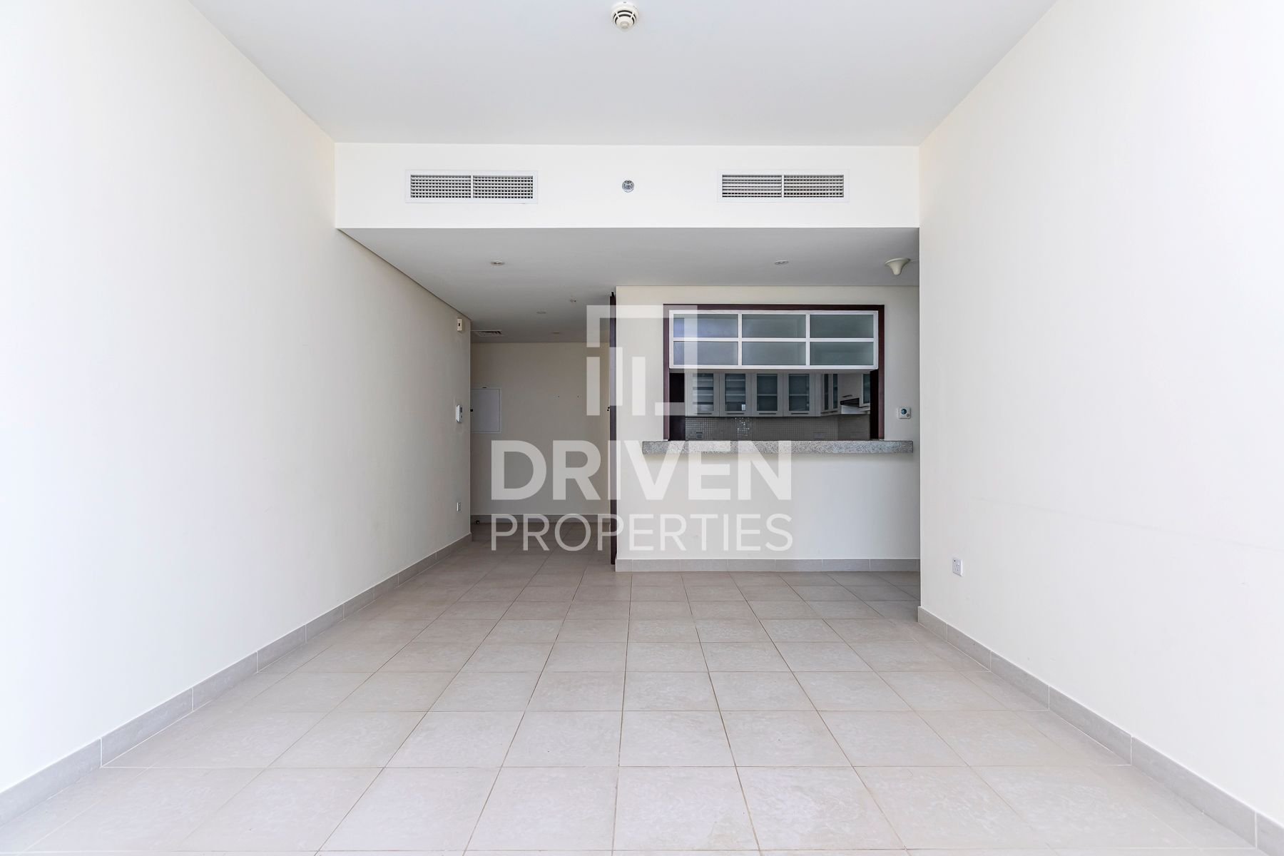 Well-kept Apt | Burj View | Chiller Free