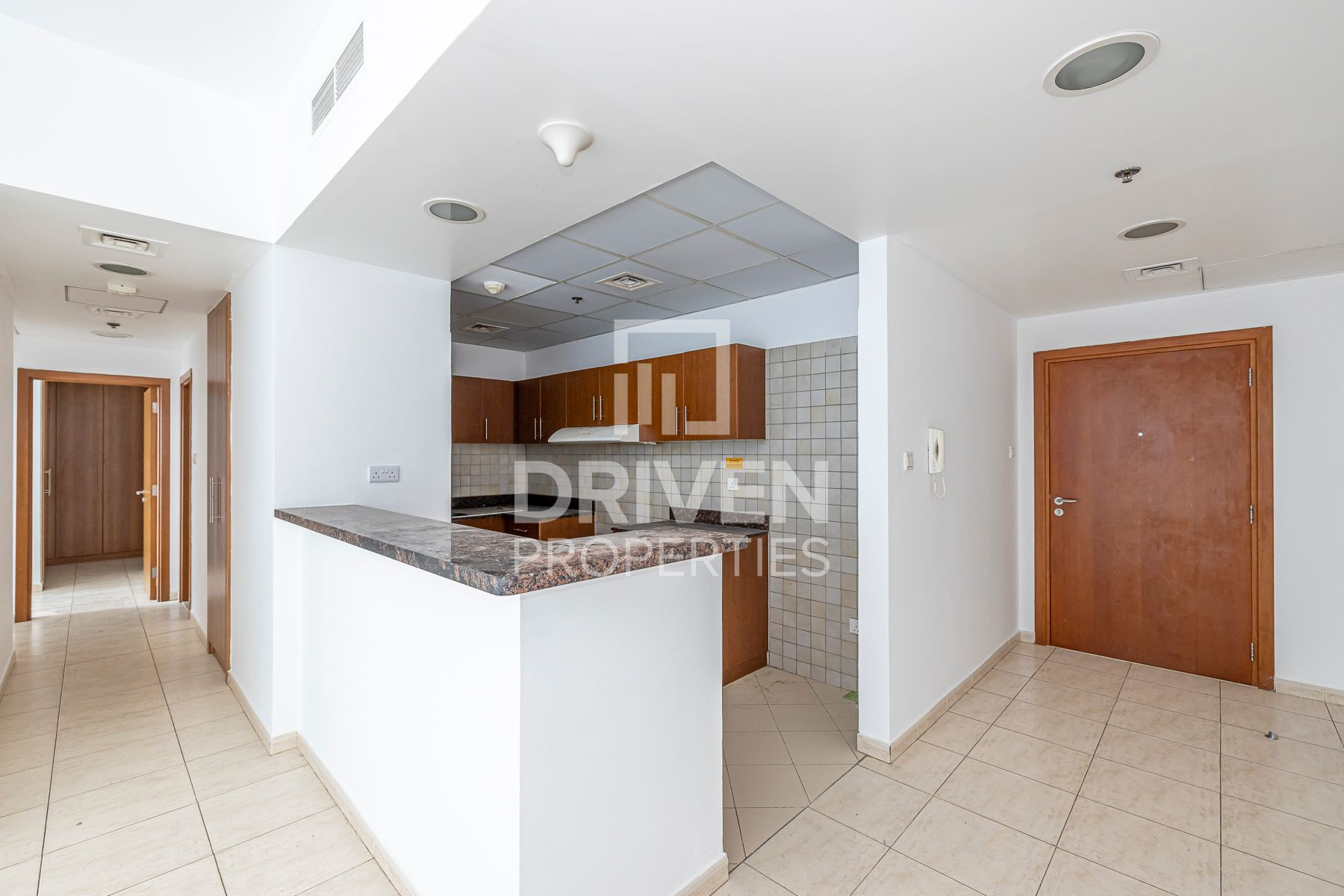 Investment deal | Open Kitchen | Spacious
