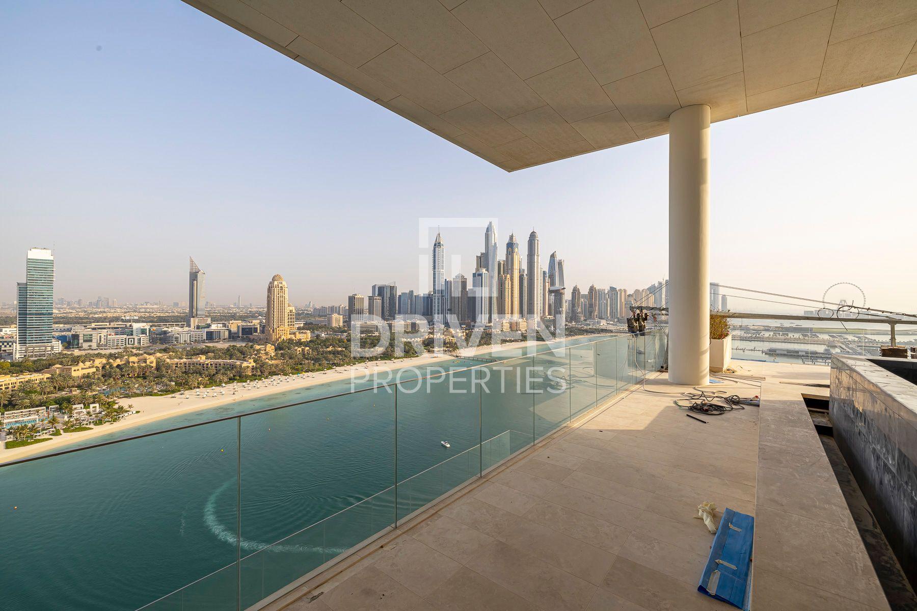 Exclusive Penthouse w/ Amazing Sea Views
