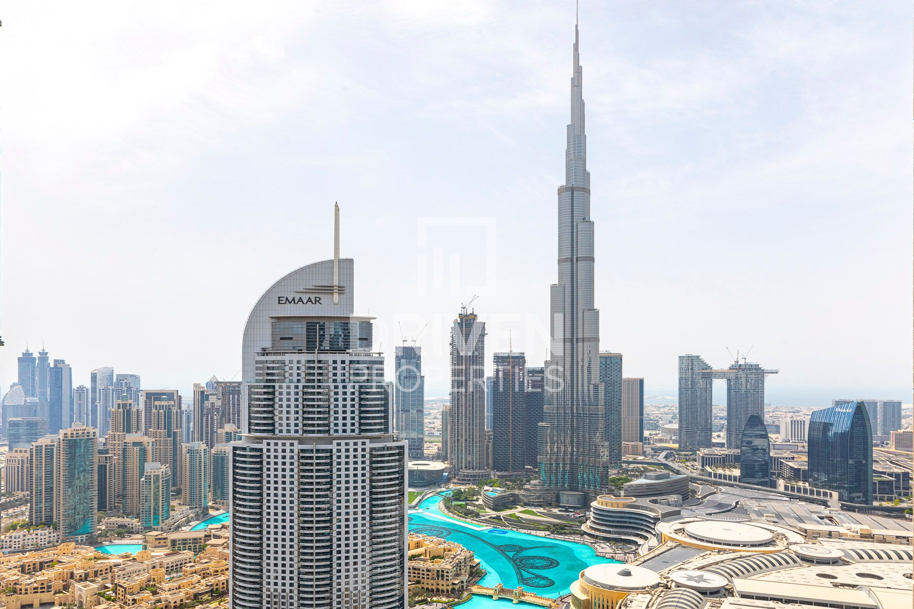 Luxury with Burj Fountain & Canal Views