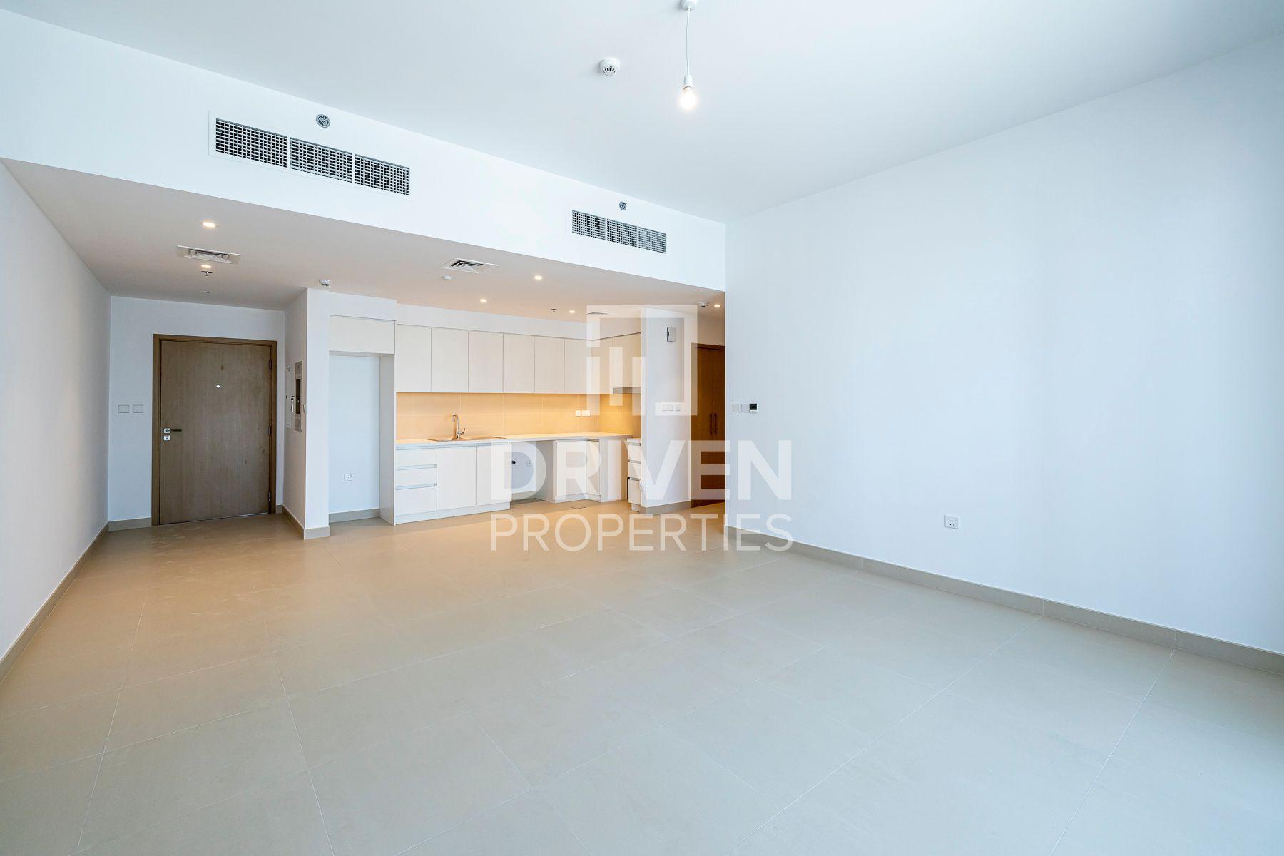1,136 قدم مربع  شقة - للايجار - ميناء خور دبي