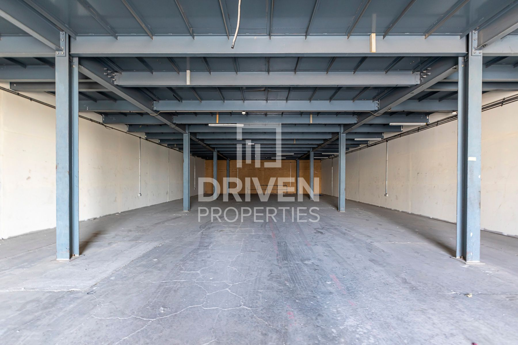 Well-maintained Warehouse in Al Qouz 1