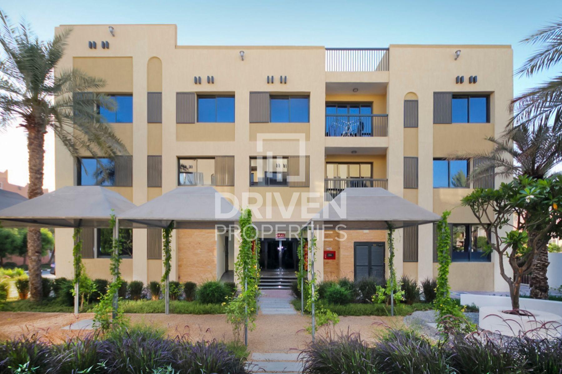17,049 قدم مربع  مبنى سكني - للبيع - مجمع دبي للإستثمار