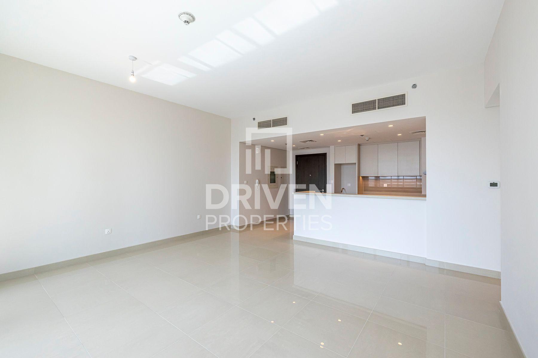 1,143 قدم مربع  شقة - للايجار - ميناء خور دبي