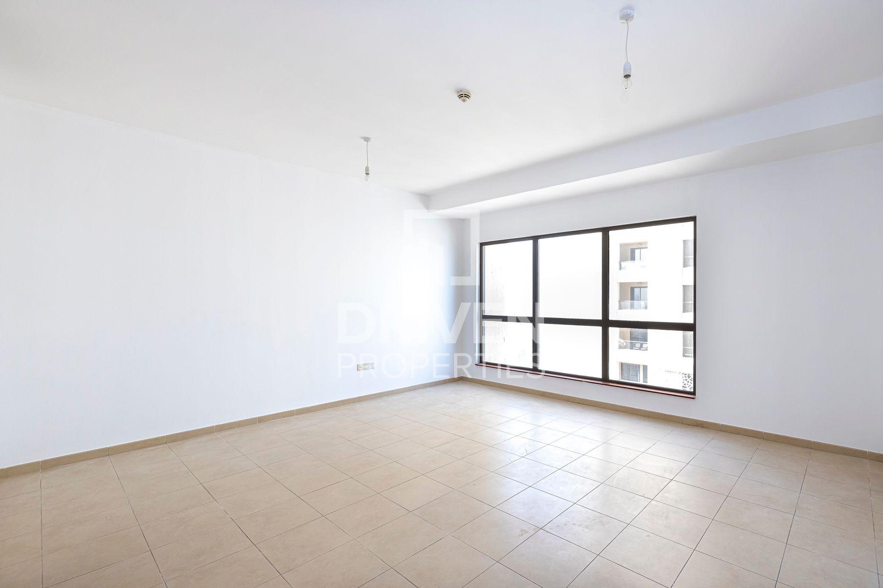1,276 قدم مربع  شقة - للايجار - مساكن شاطئ الجميرا