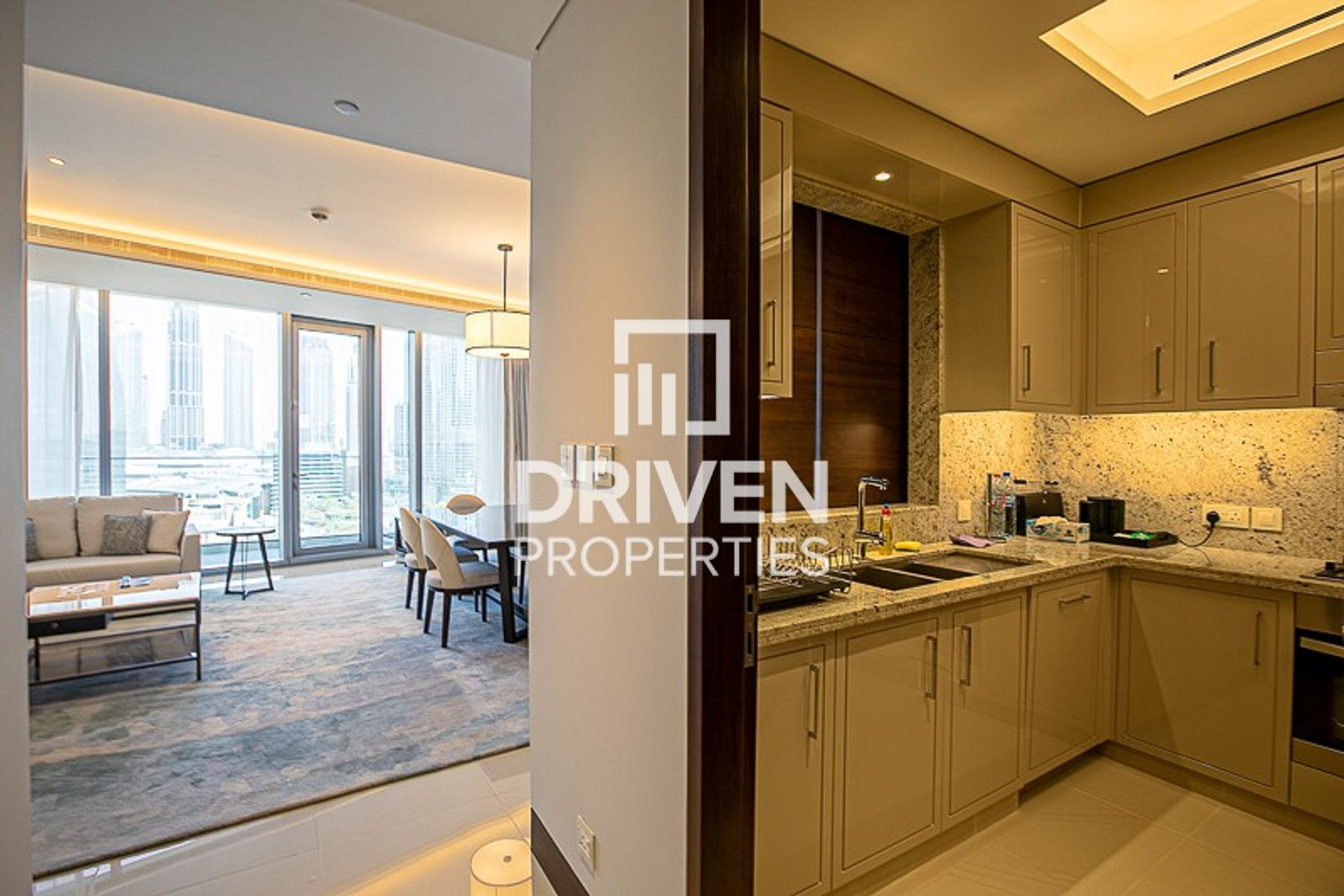 High Floor | Panoramic Sea View | Lovely