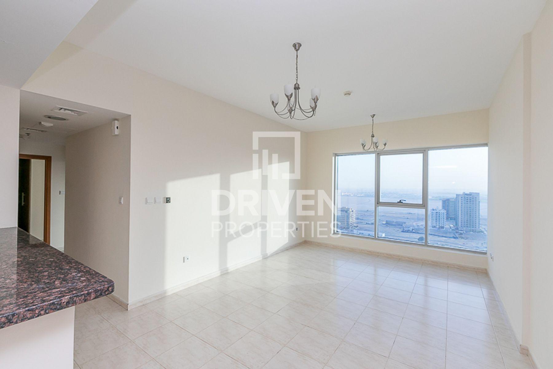 1,268 قدم مربع  شقة - للايجار - دبي لاند
