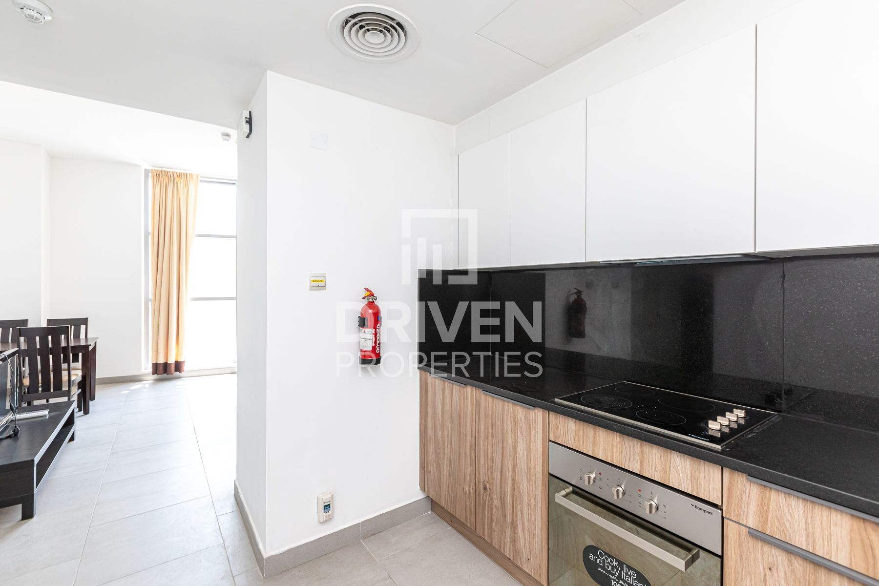 Vacant | Fully Furnished and Corner Unit