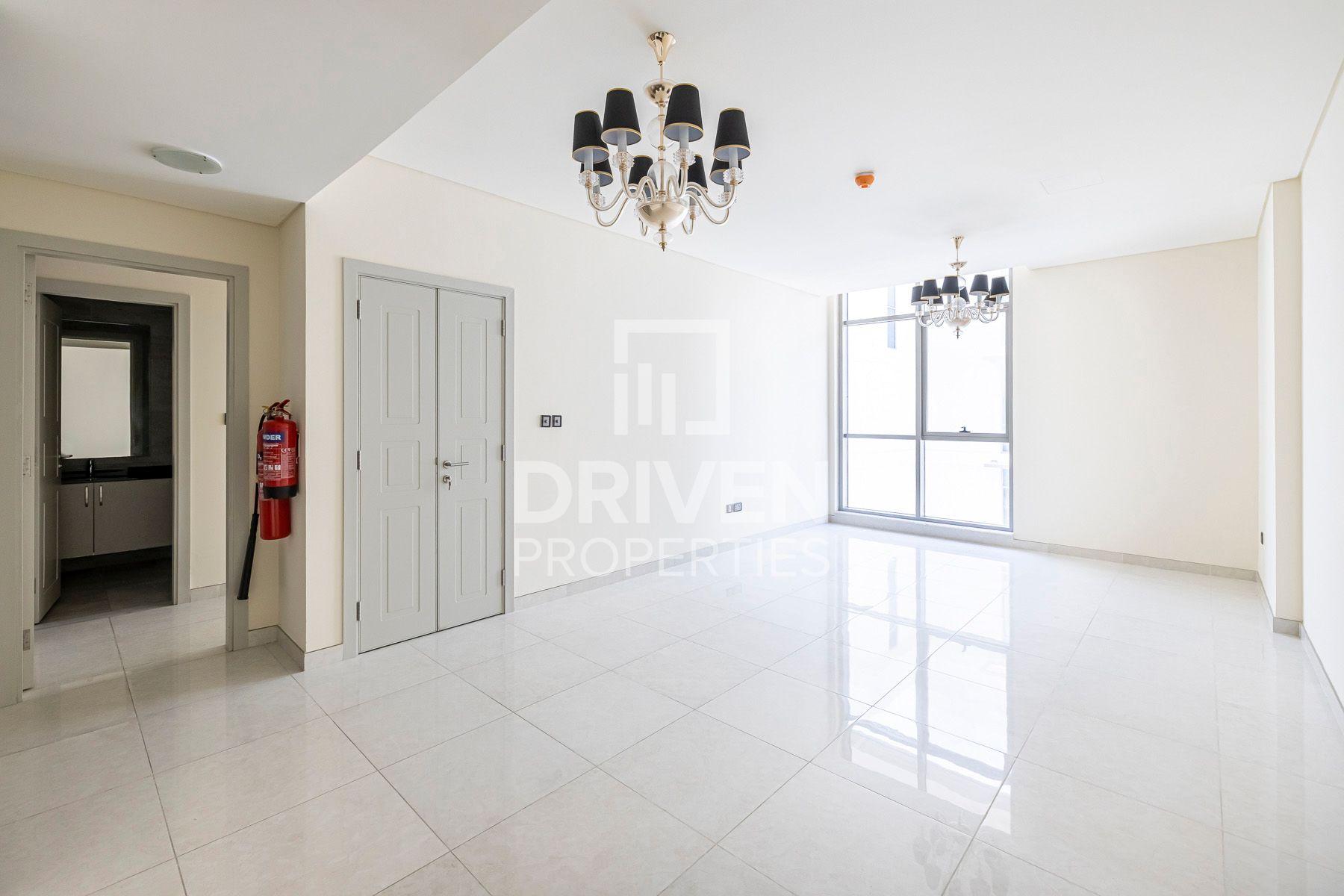 821 قدم مربع  شقة - للايجار - ميدان