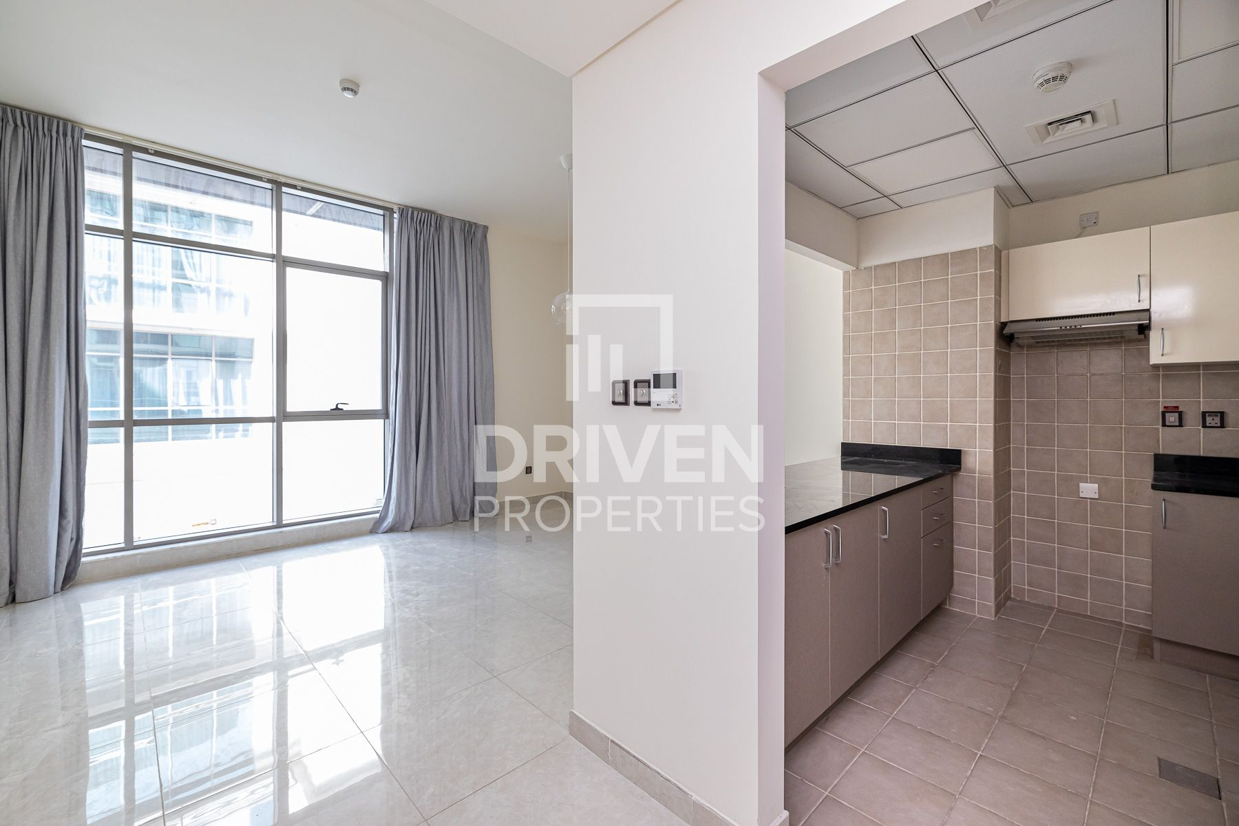 Iconic and Bright | Well-maintained 1Bed