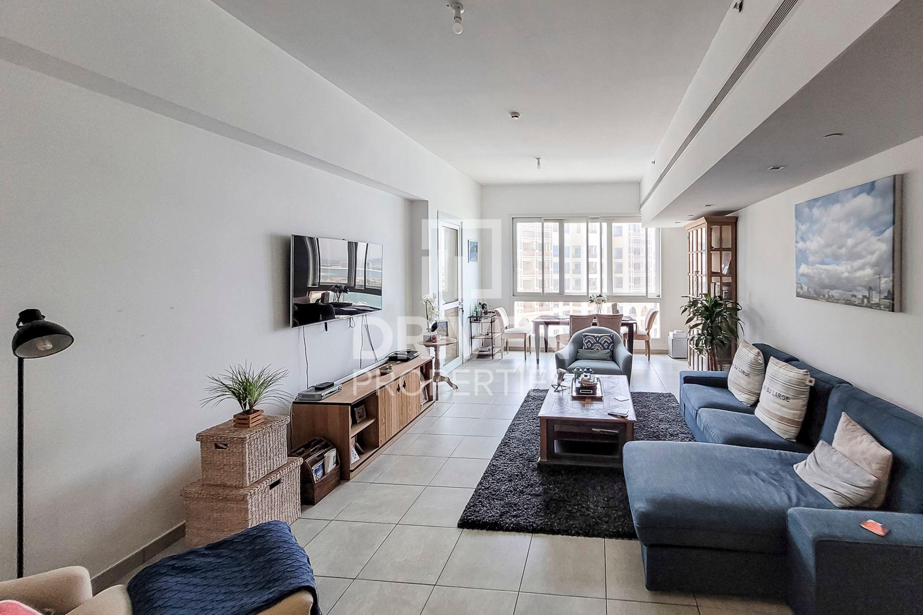 2,021 قدم مربع  شقة - للبيع - نخلة الجميرا