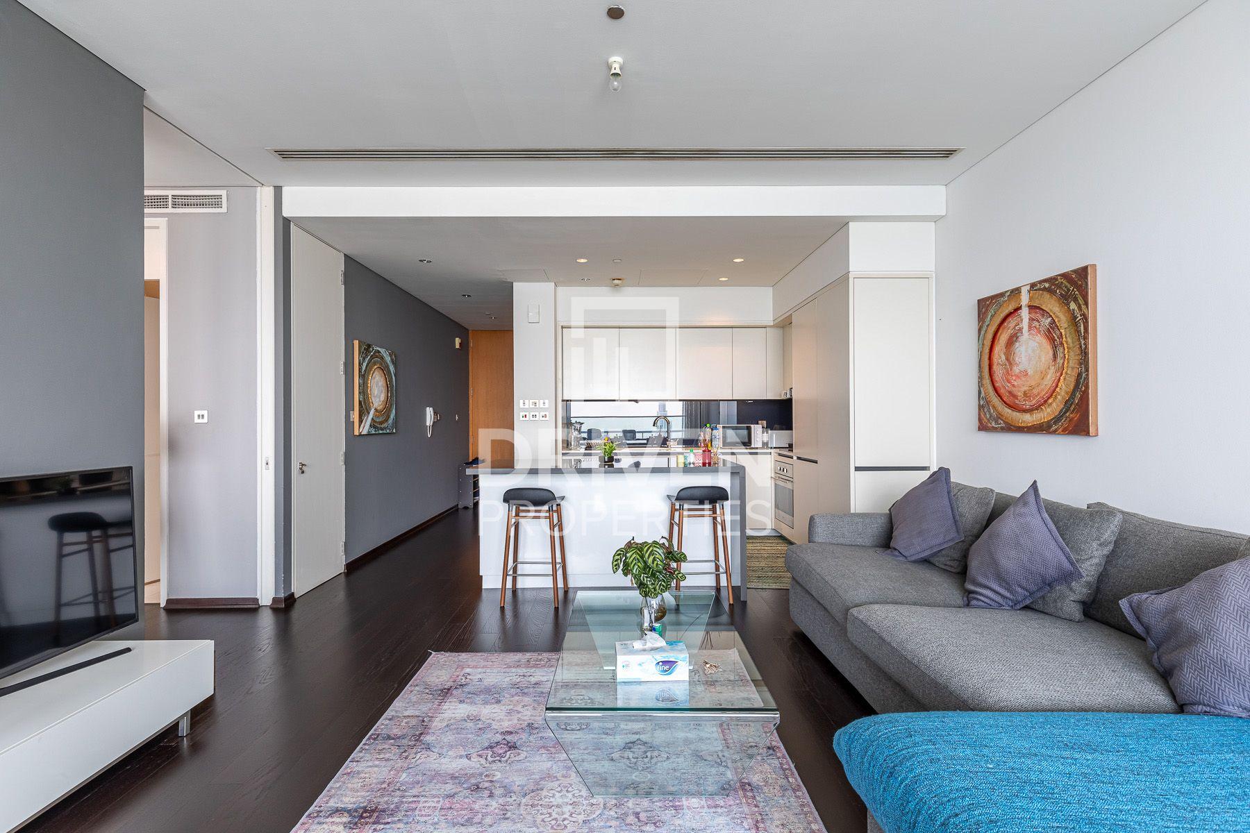 1,013 قدم مربع  شقة - للبيع - مركز دبي المالي العالمي