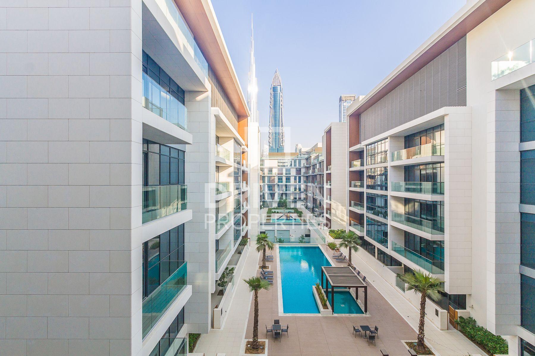 Luxurious Living | Prime Location | Rare