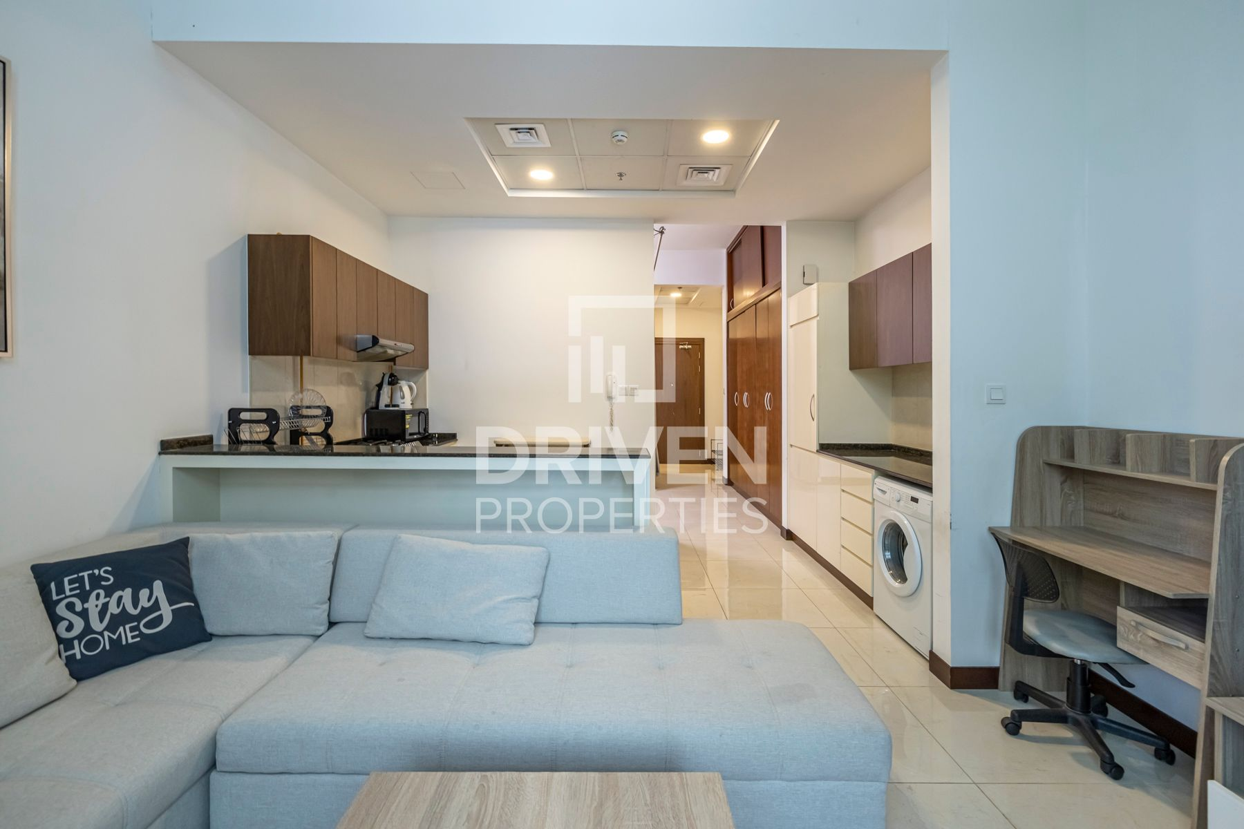 Fully Furnished | Private Access | Large