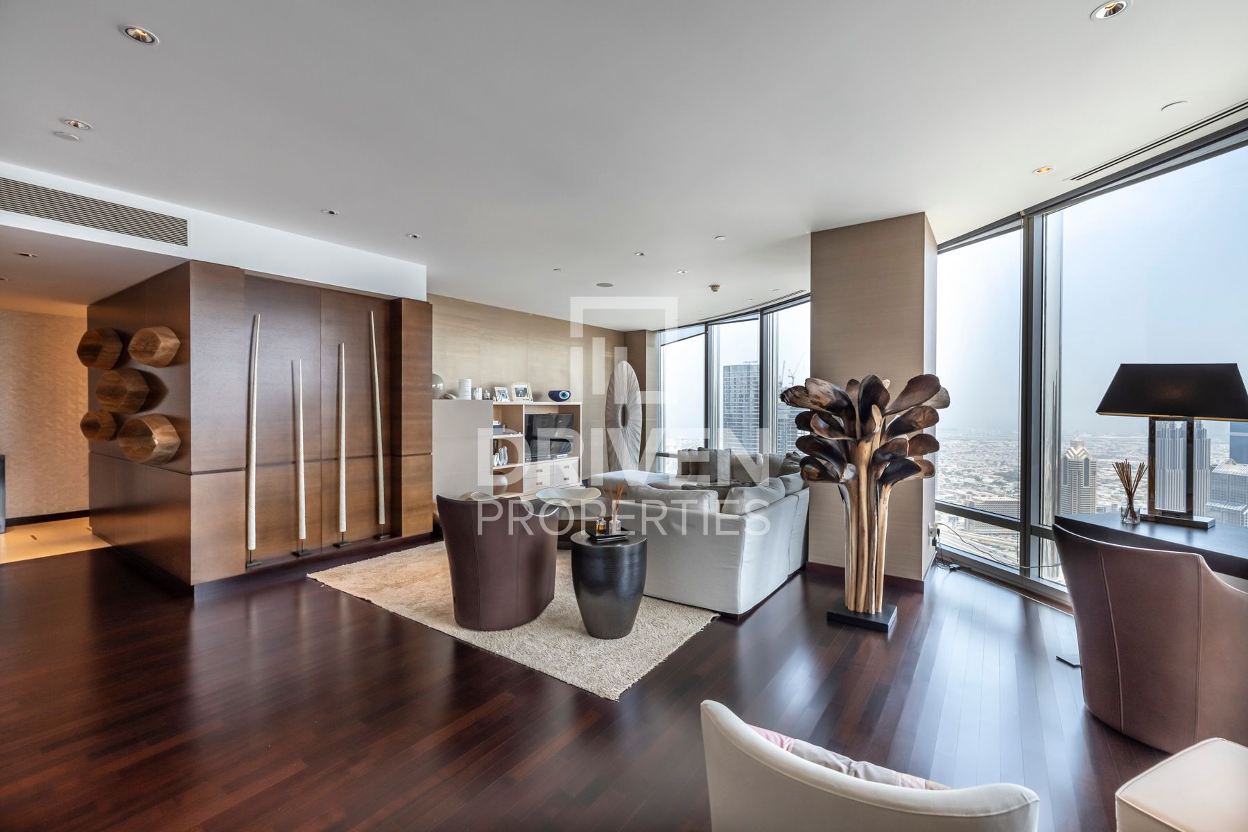A Must-see 3 Bed Apt | Breathtaking View