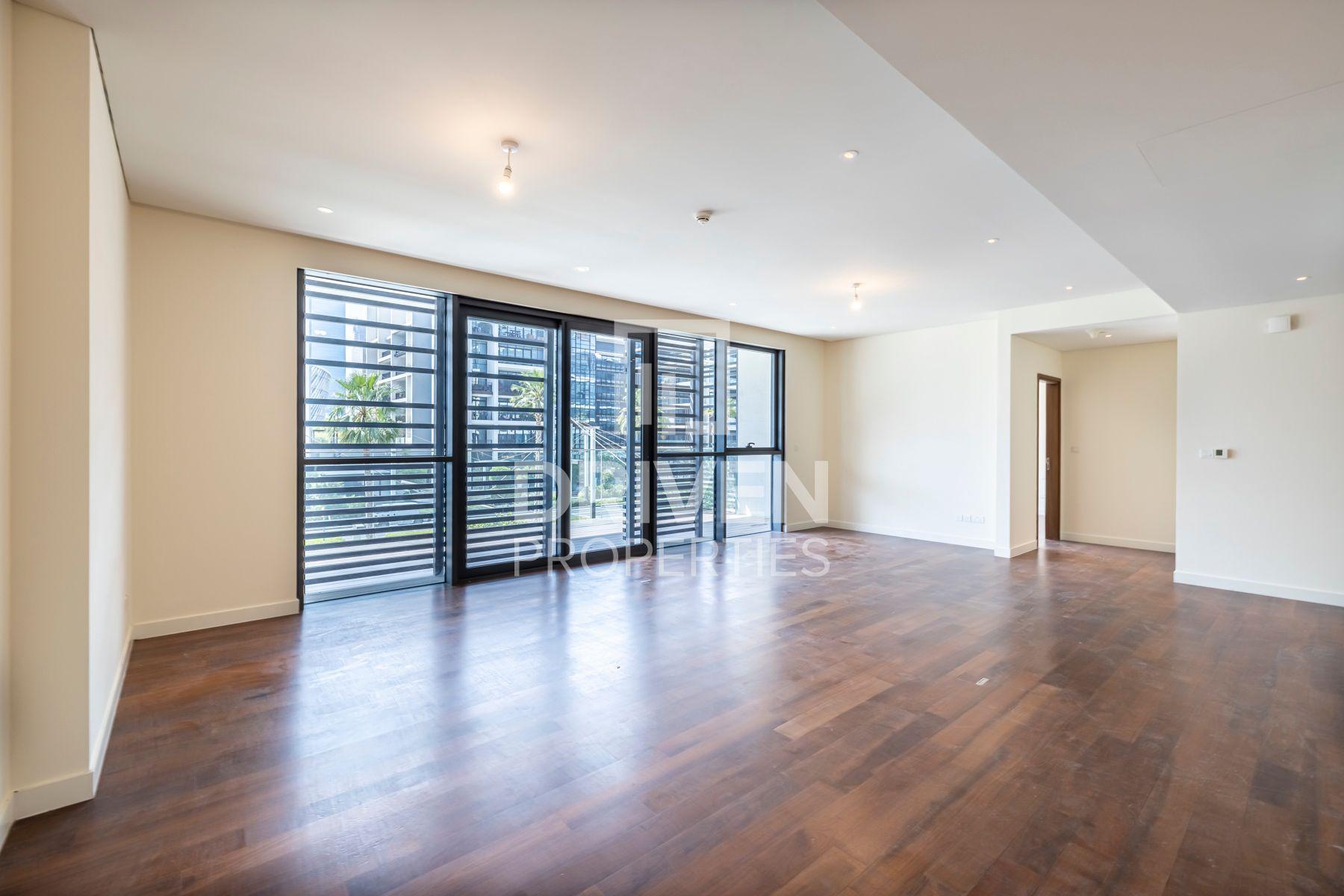 1,433 قدم مربع  شقة - للايجار - سيتي ووك