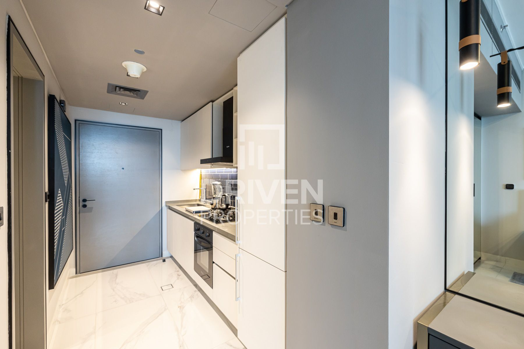 Studio for Rent in MAG 318 - Business Bay