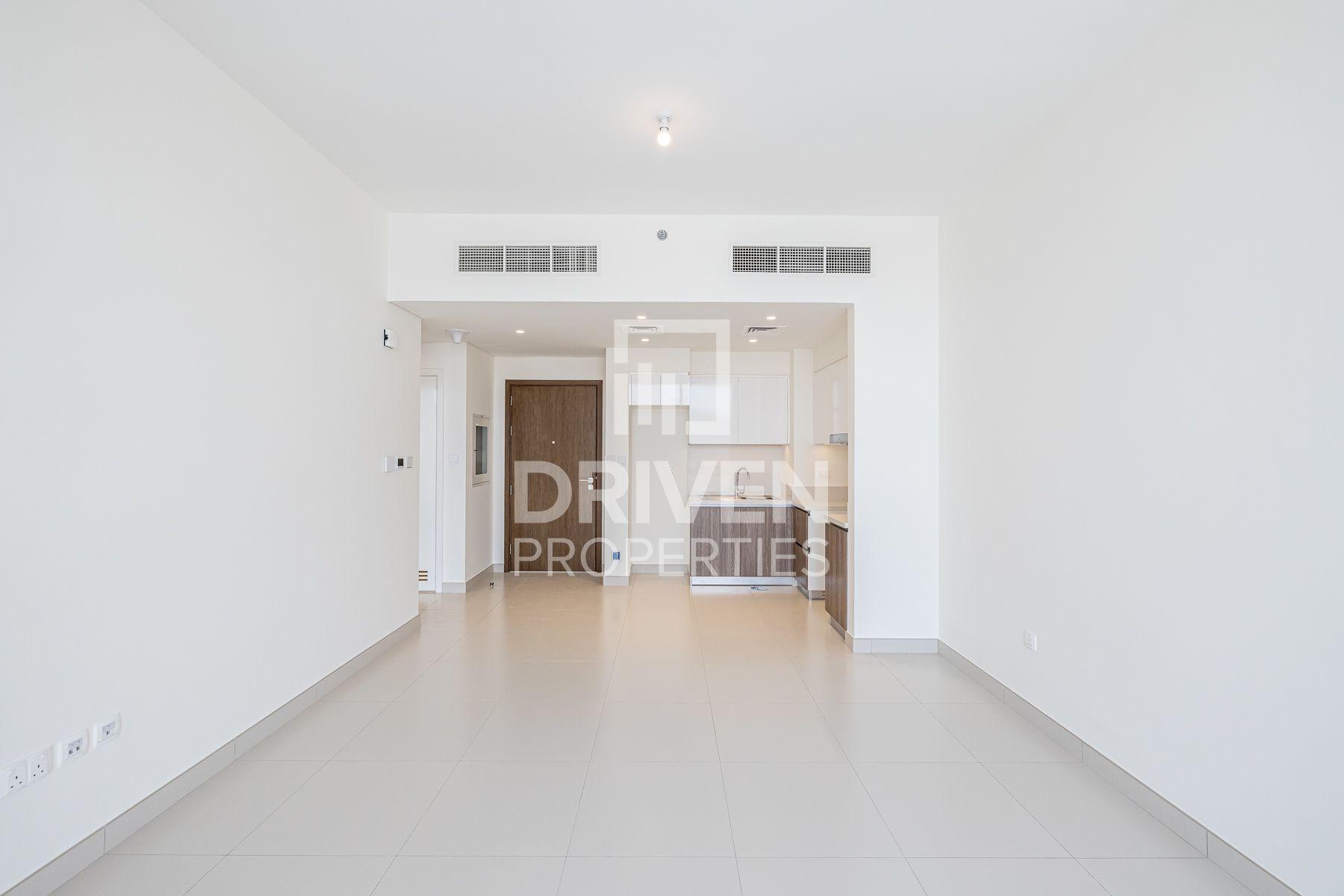 688 قدم مربع  شقة - للايجار - دبي هيلز استيت