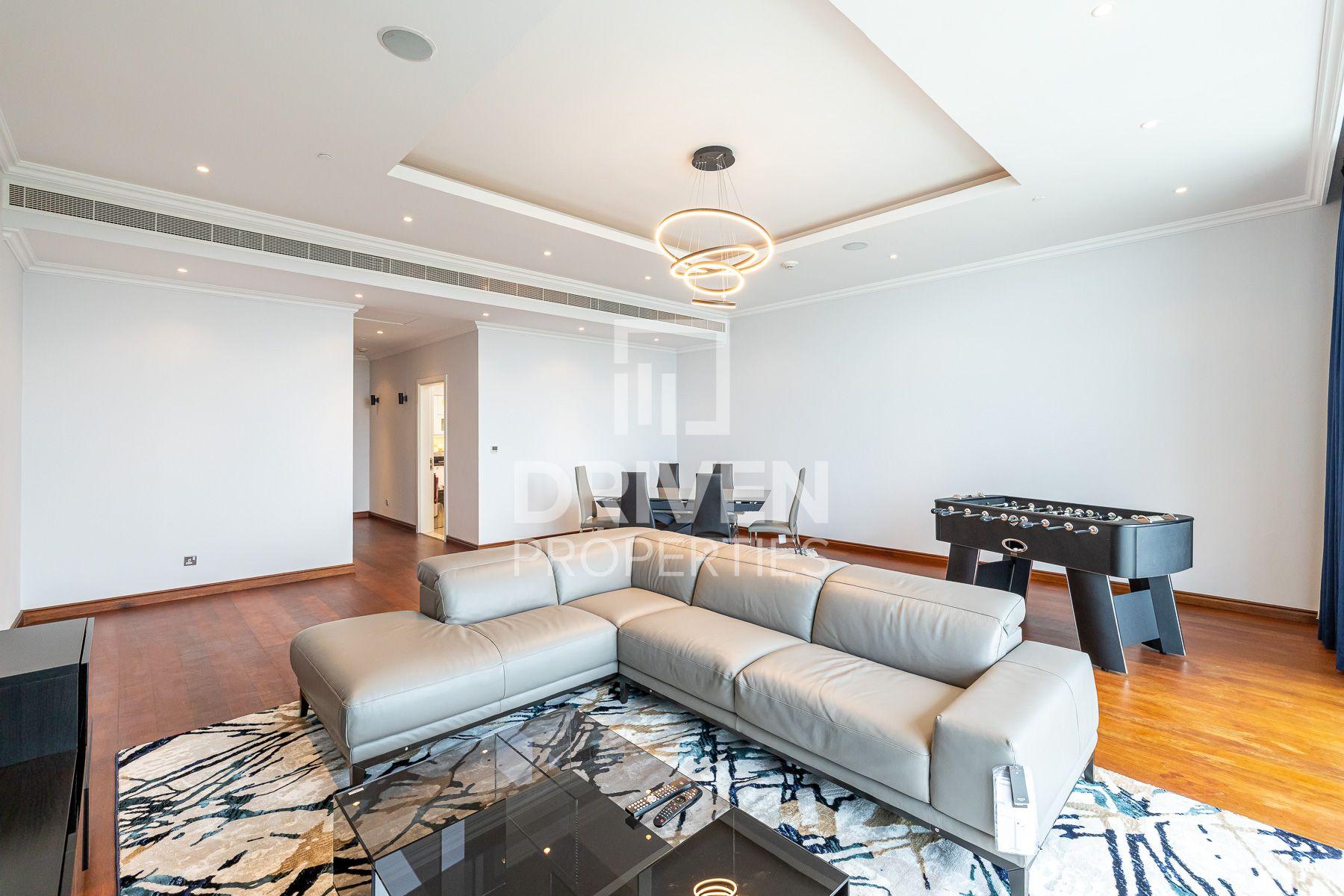 2,279 قدم مربع  شقة - للايجار - نخلة الجميرا