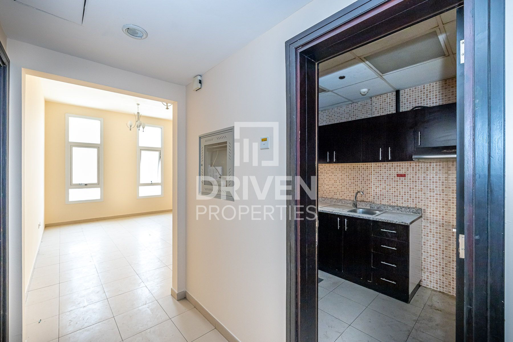 Remarkable Price for Investor l Close to Mall
