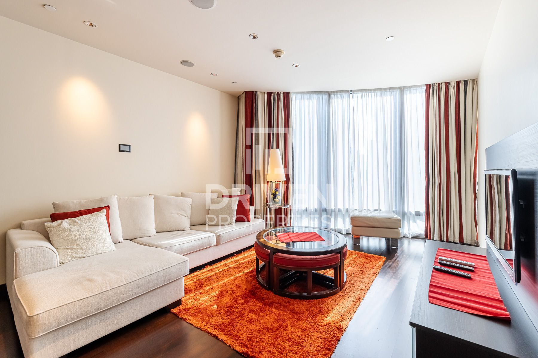Furnished | Stunning Opera and Park View