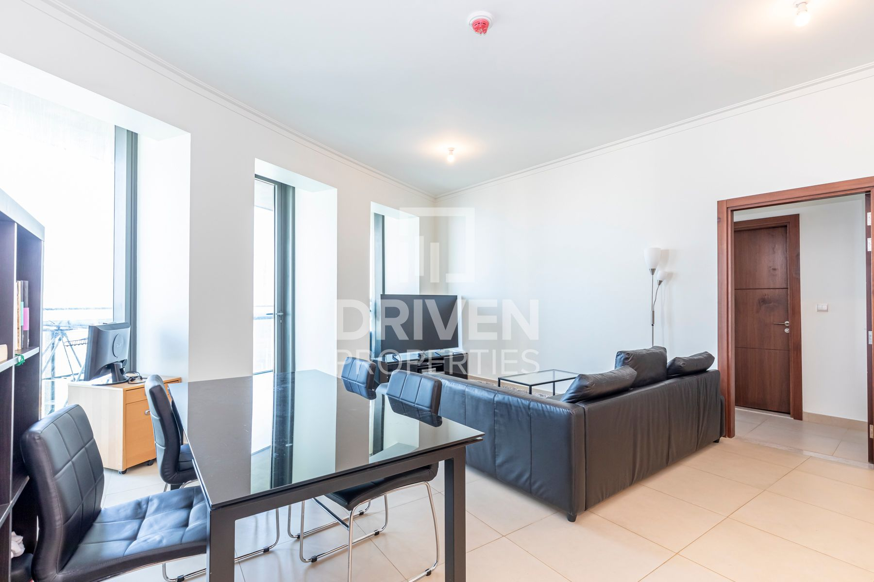 1,336 قدم مربع  شقة - للبيع - دبي وسط المدينة