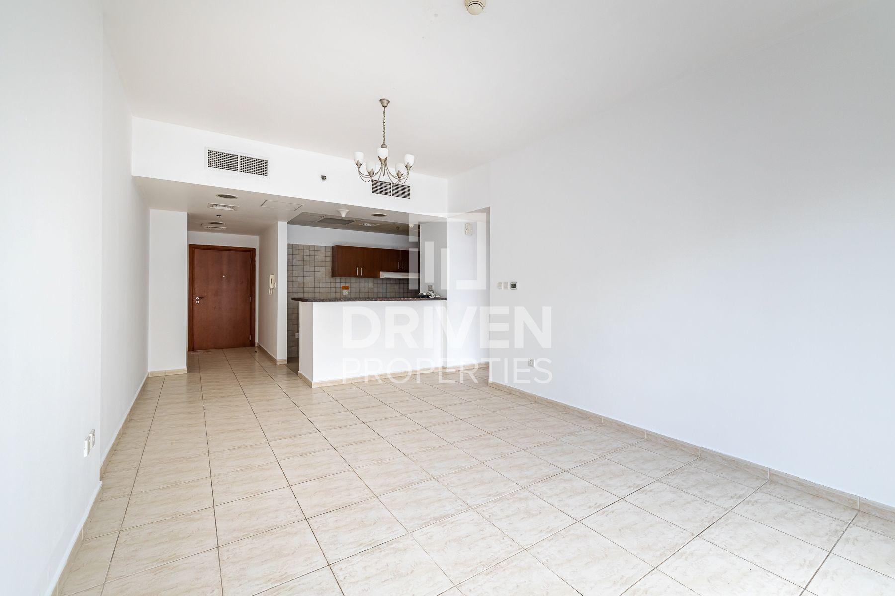734 قدم مربع  شقة - للايجار - دبي لاند