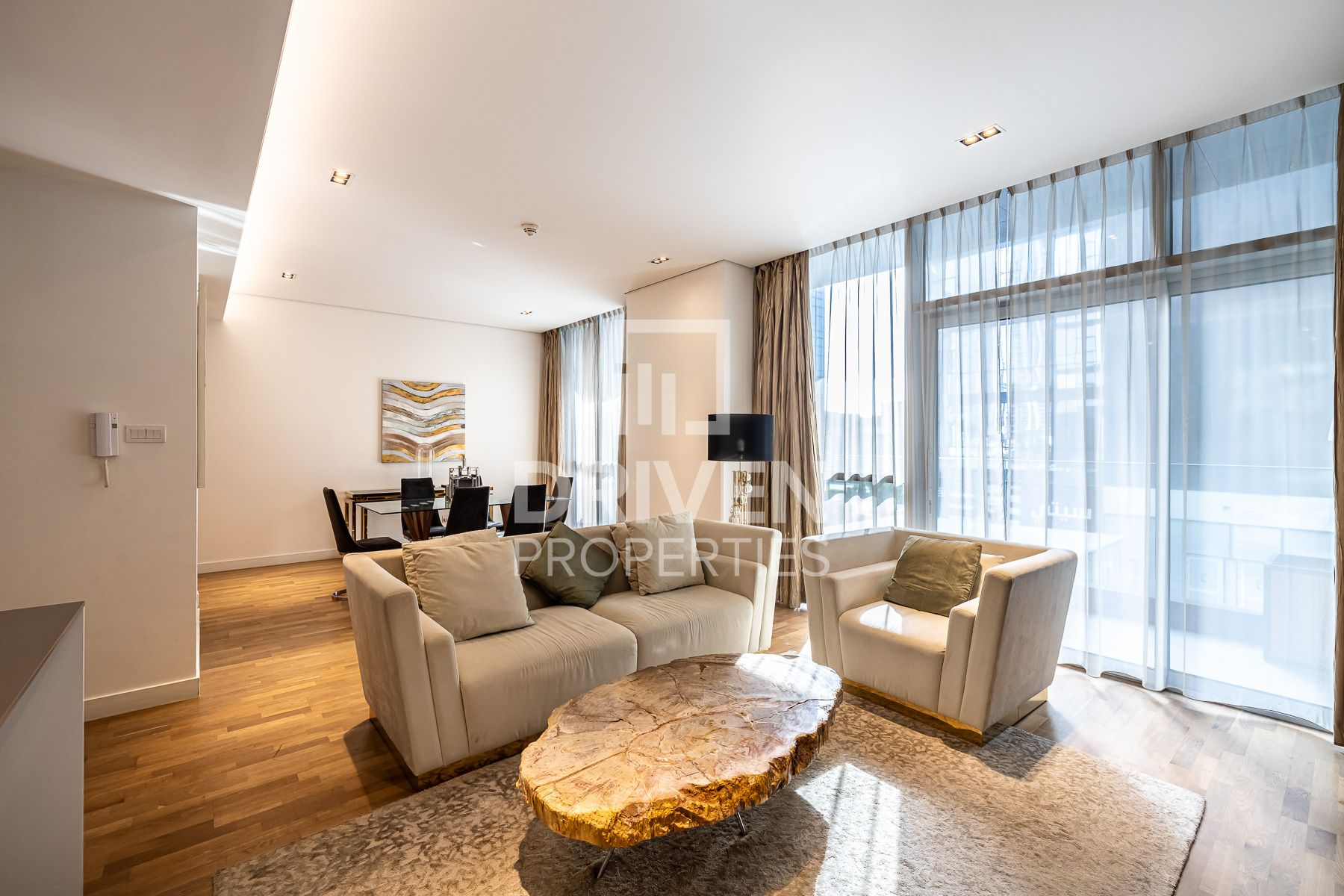 Impressive and Welcoming | Prime Location