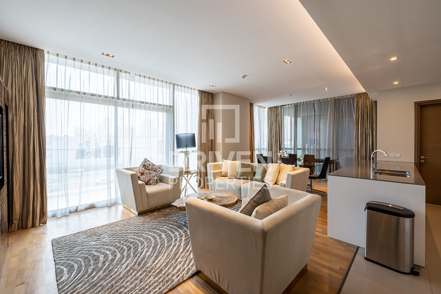 Spacious and Rare Layout | Stylish 1 Bed