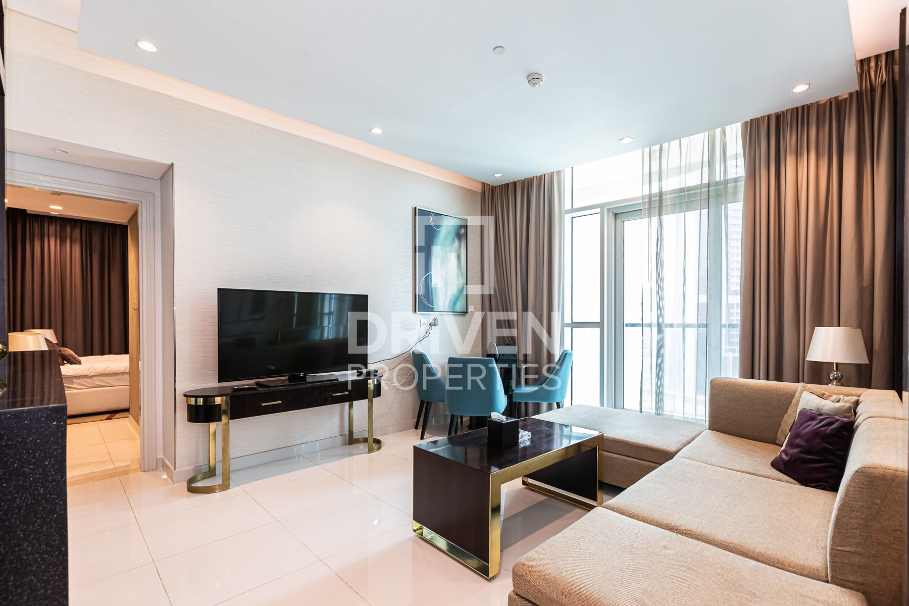 High Floor and Fully Furnished Apartment
