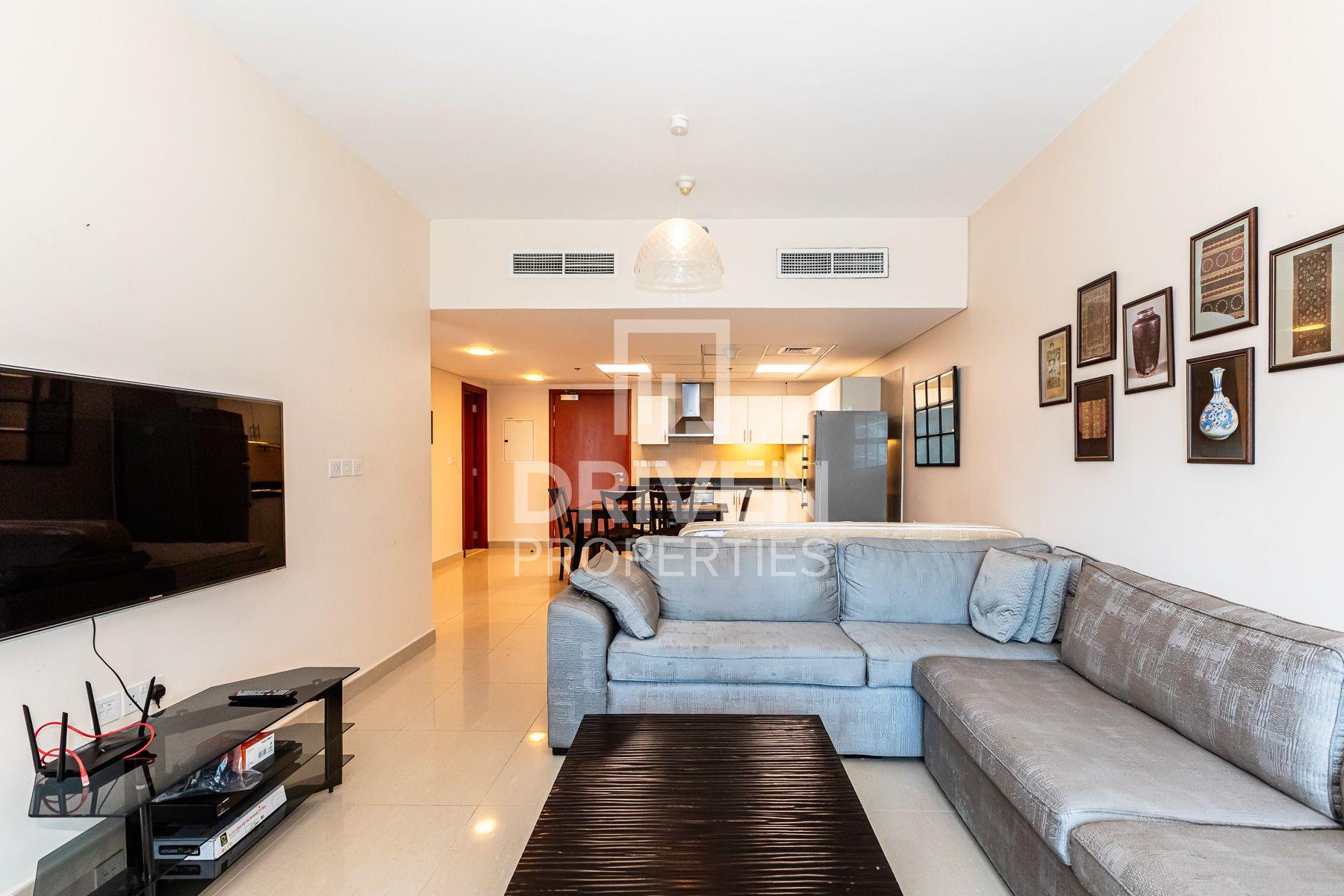 Fully Furnished | Large Apt | High Floor