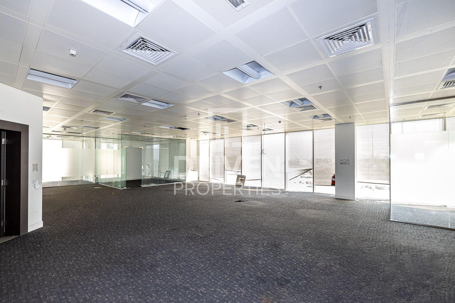 3,177 قدم مربع  مكتب - للايجار - بر دبي