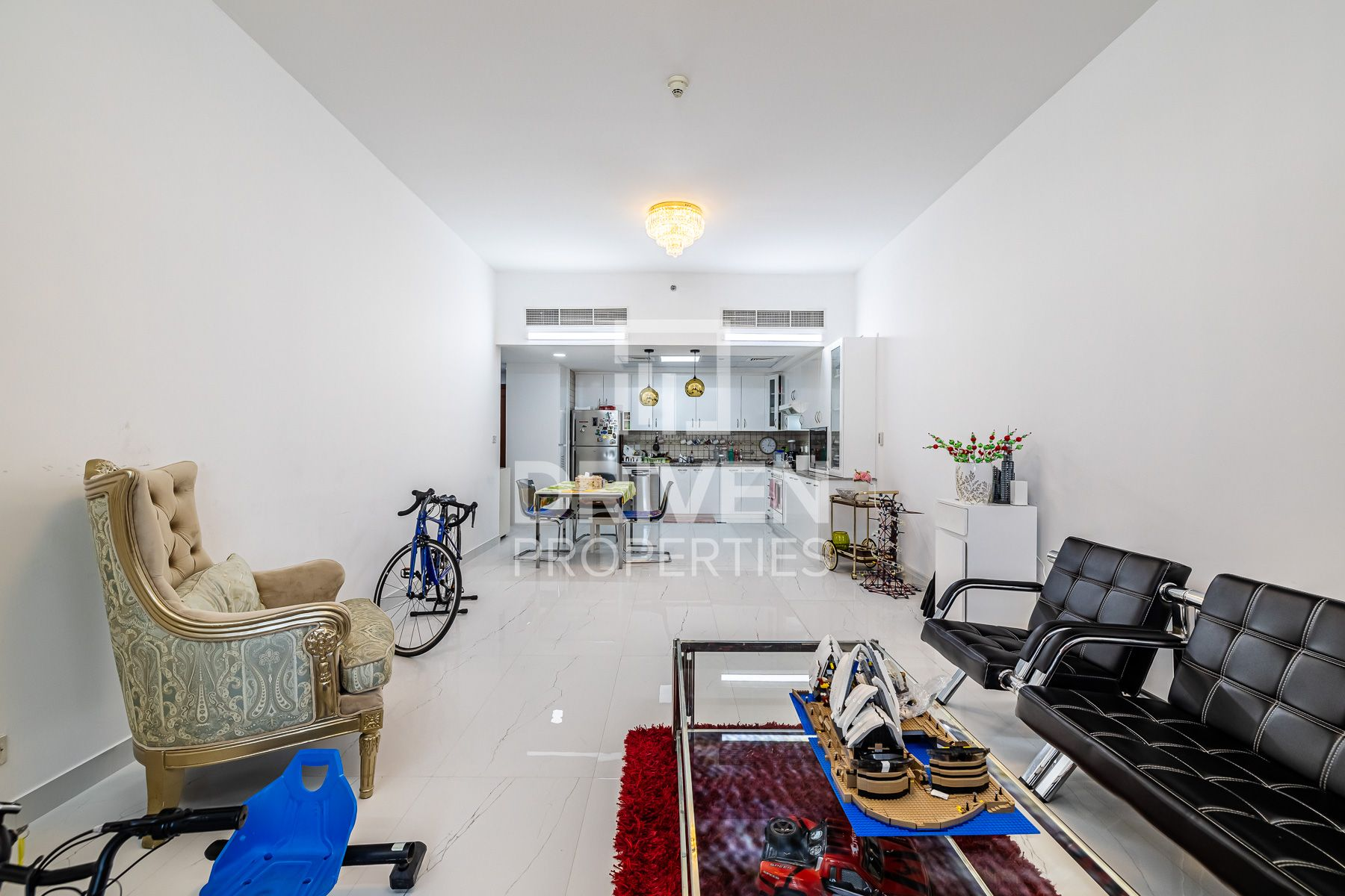 Fully Upgraded and Spacious with Terrace