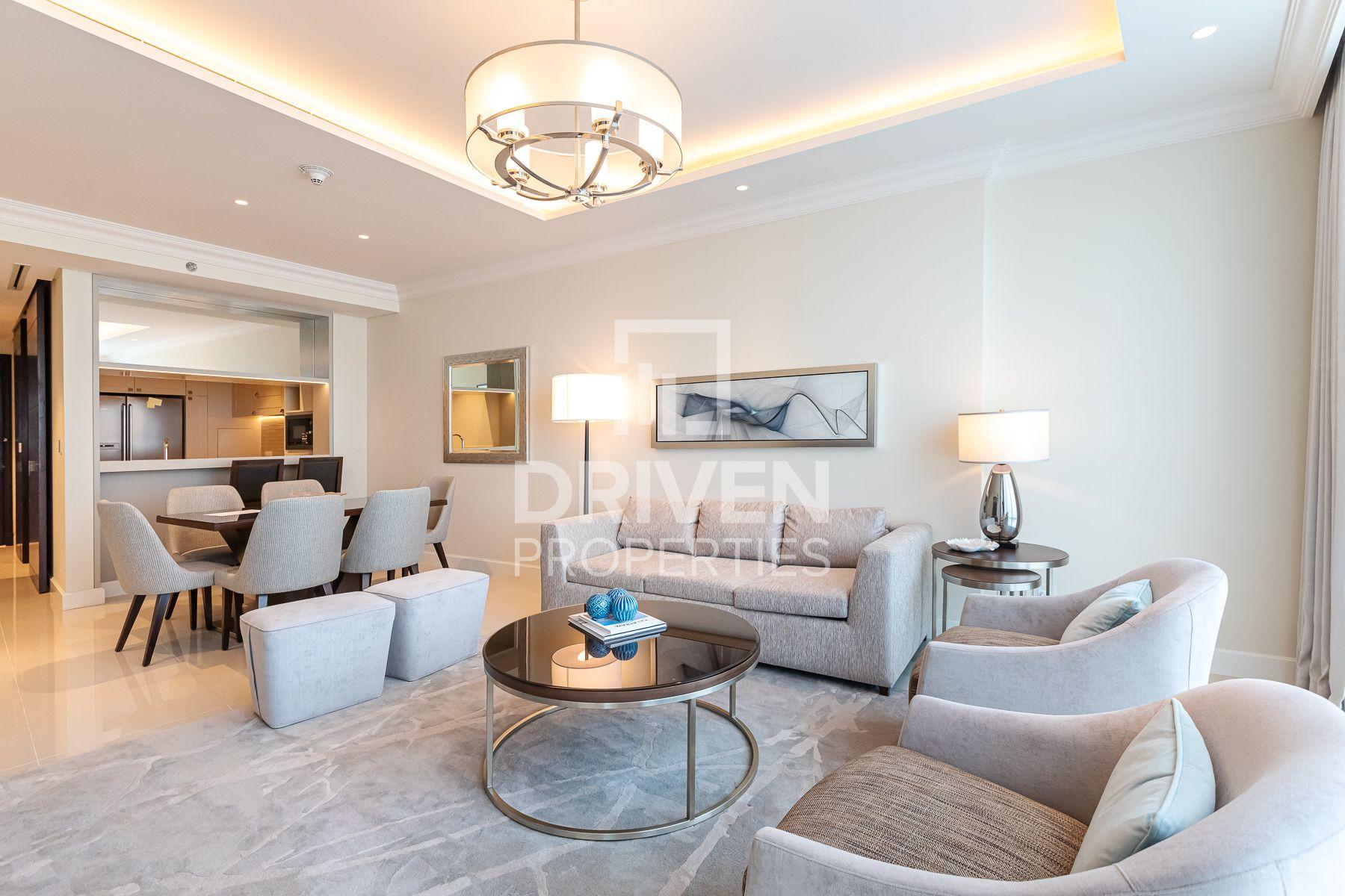 Luxurious Apartment w/ Burj Khalifa view