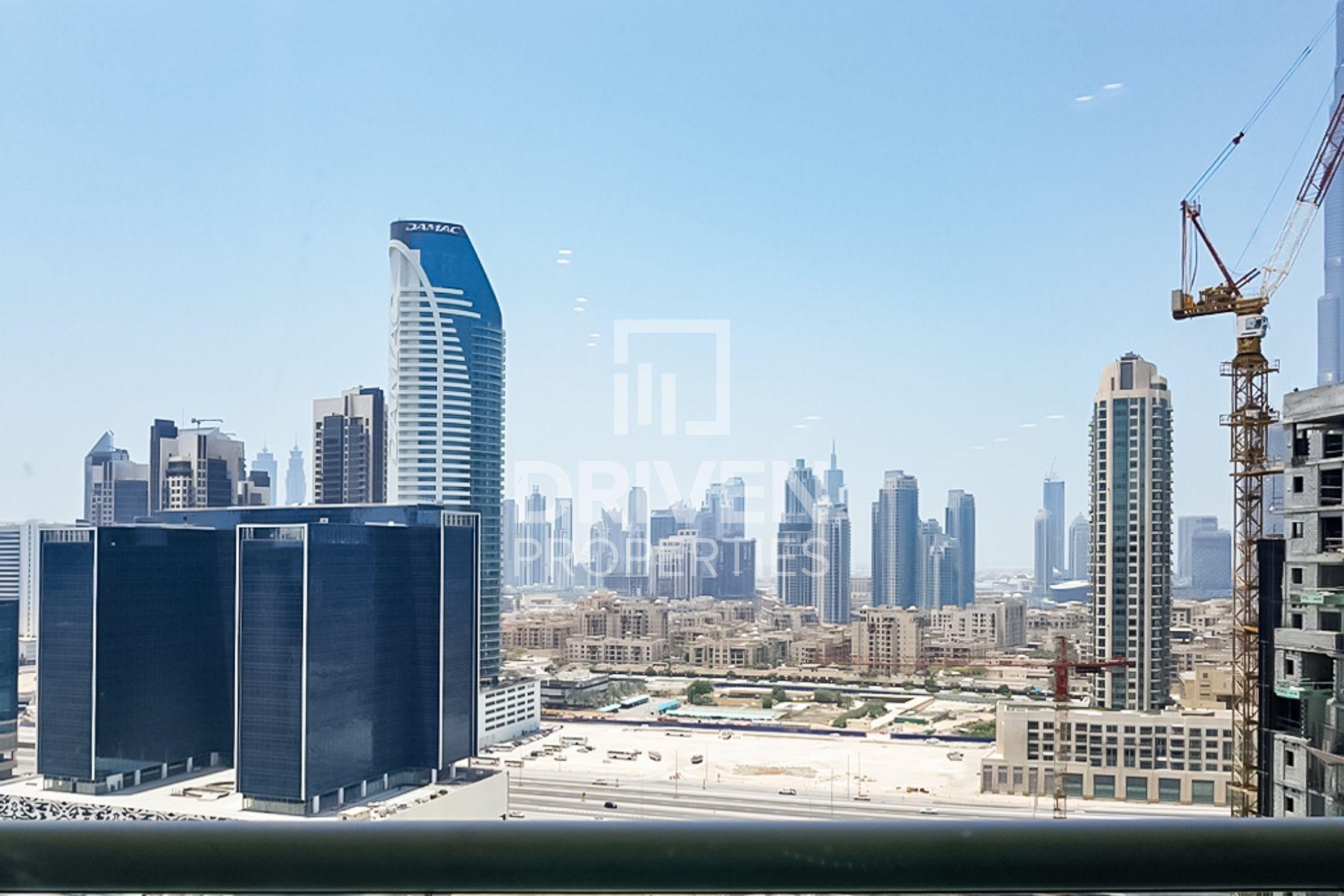 للبيع - شقة - داماك مايسون كانال فيوز - الخليج التجاري