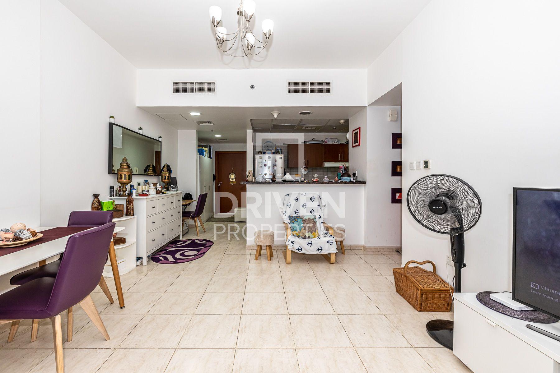 842 قدم مربع  شقة - للبيع - دبي لاند