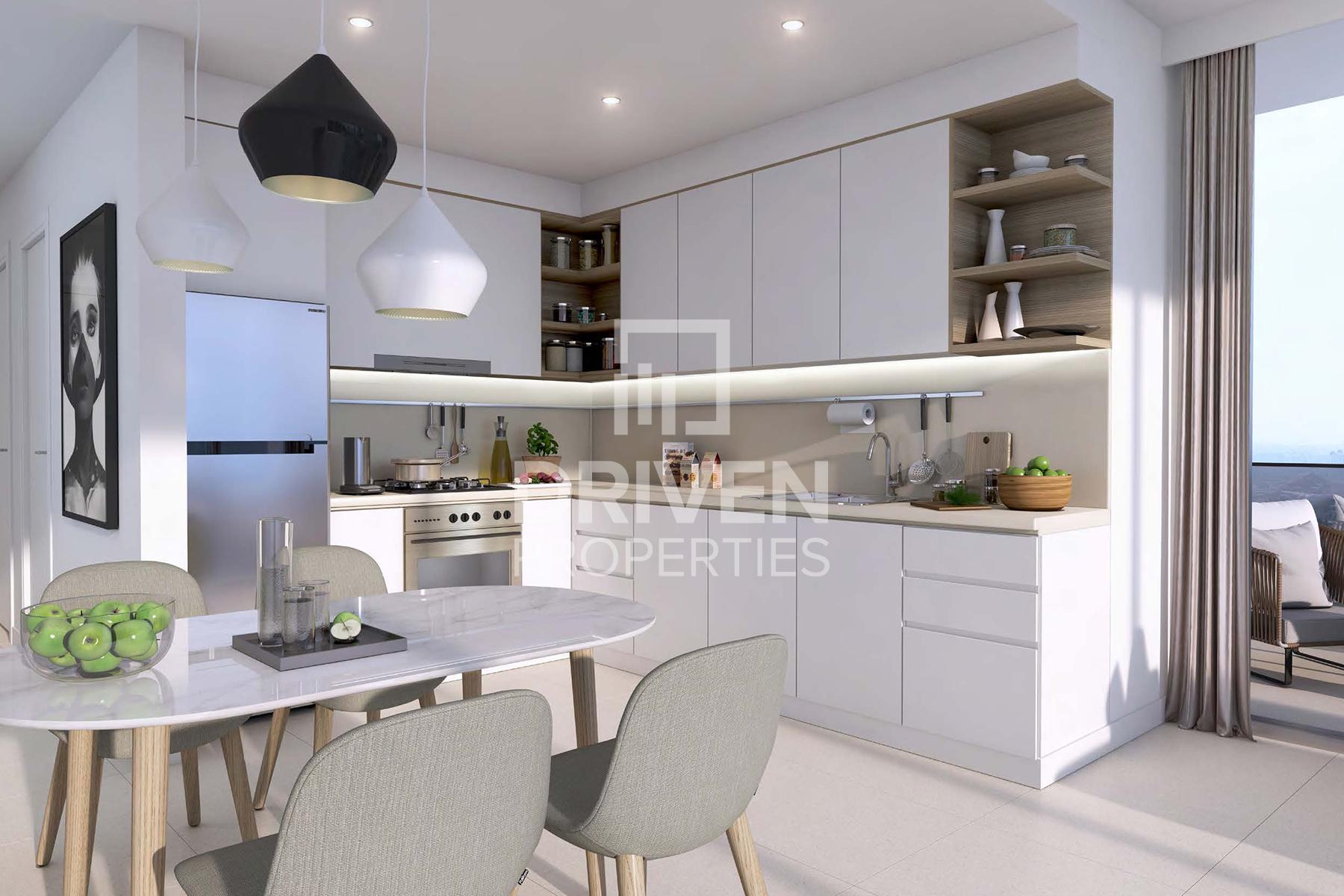 1,134 قدم مربع  شقة - للبيع - دبي وسط المدينة