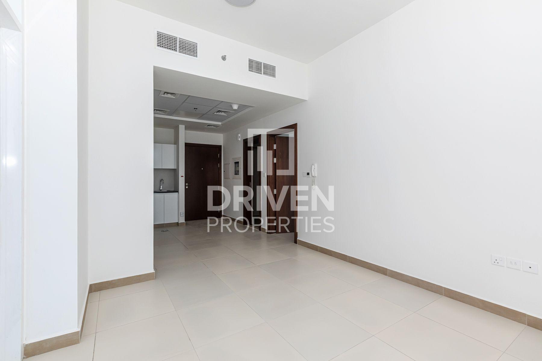 819 قدم مربع  شقة - للايجار - الجداف