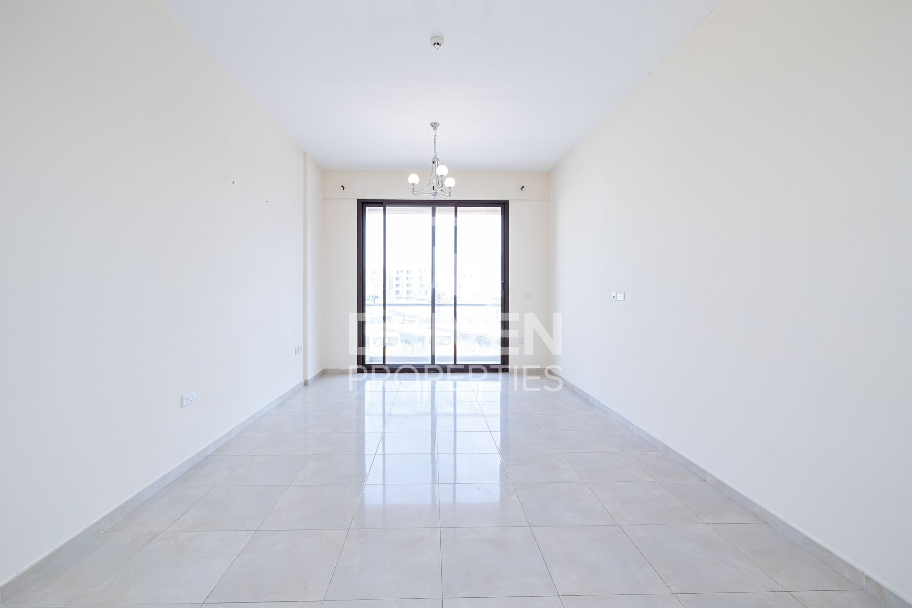Spacious & Bright Apt | Ready to move-in