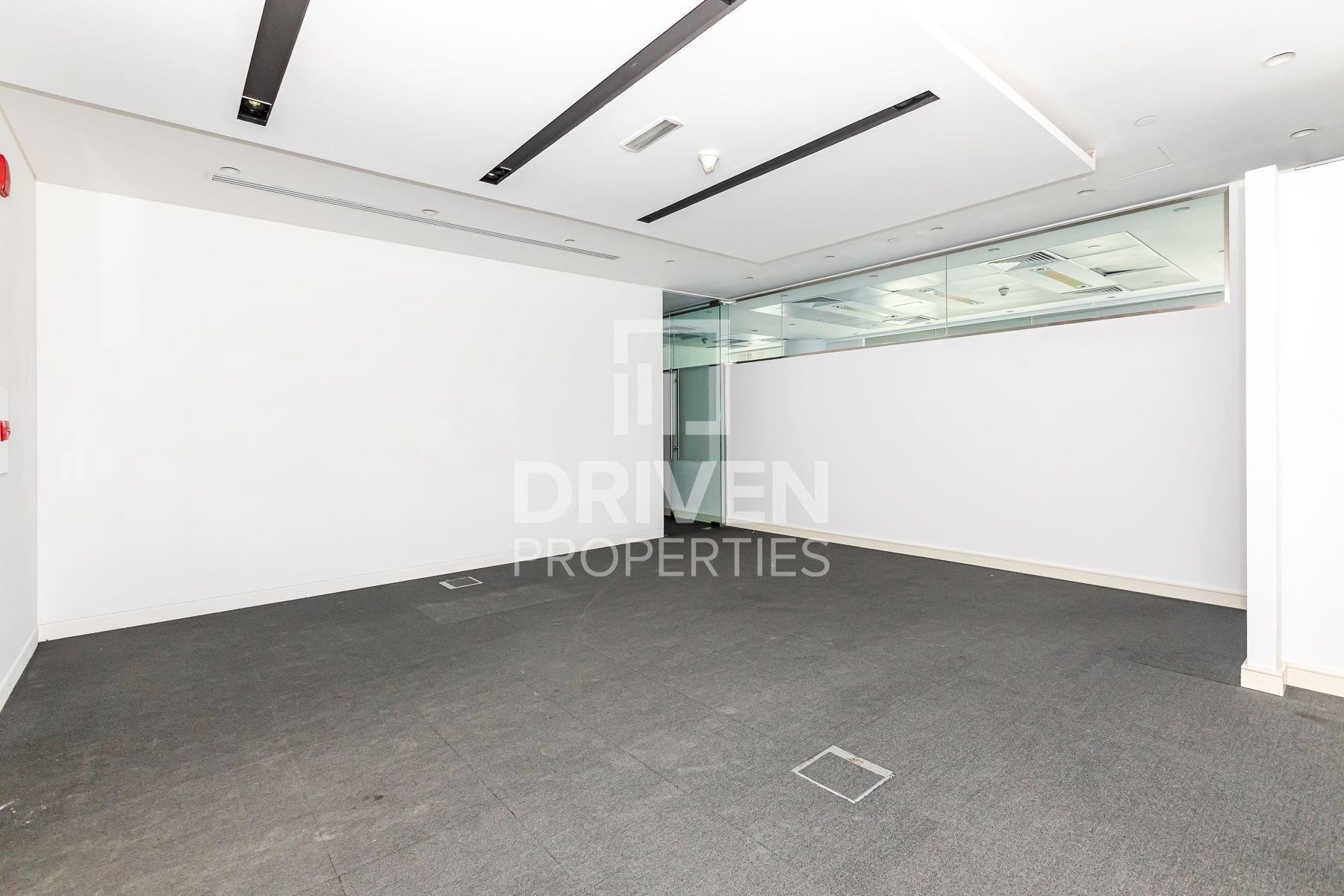 3,817 قدم مربع  مكتب - للايجار - دبي وسط المدينة