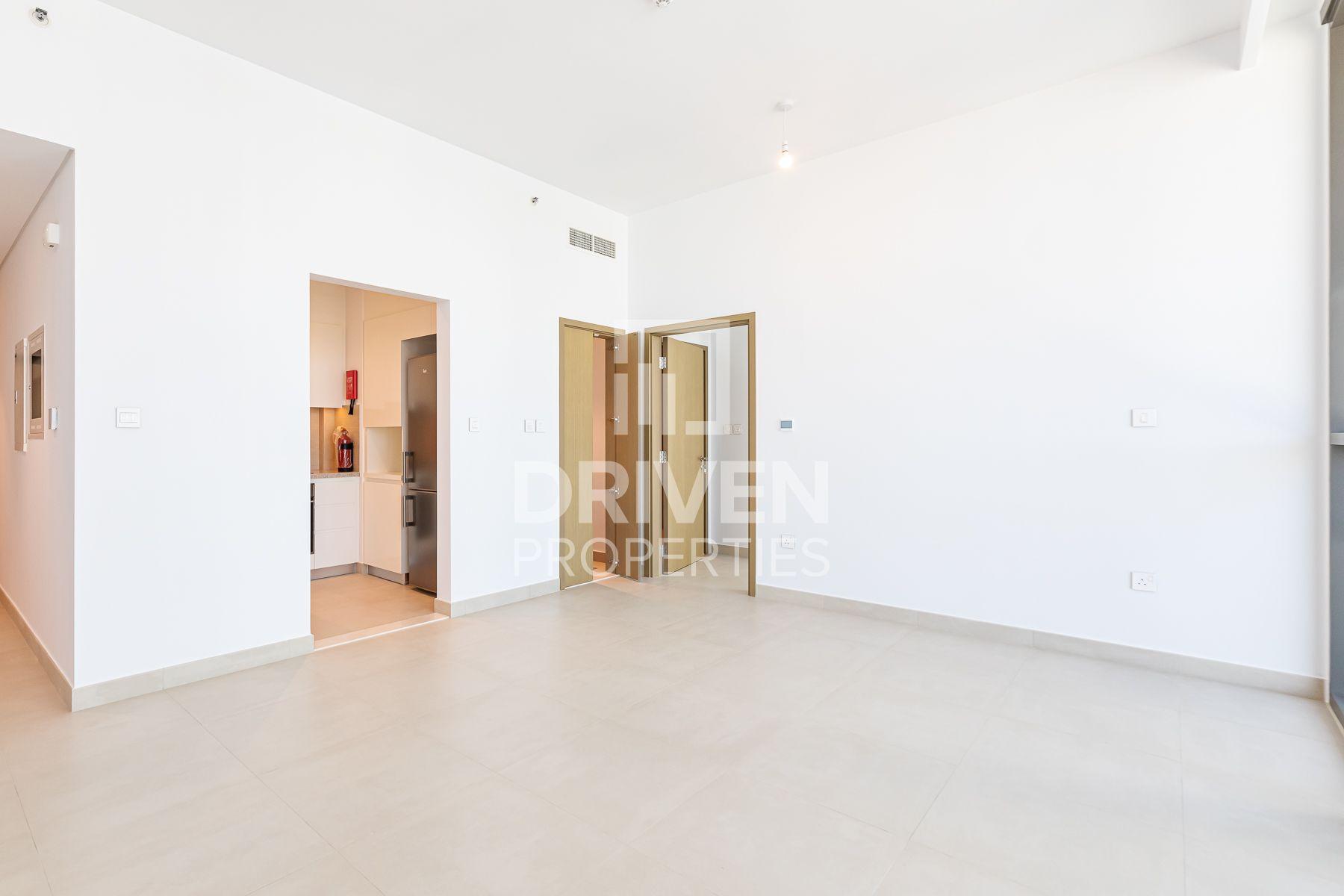 753 قدم مربع  شقة - للبيع - دبي وسط المدينة